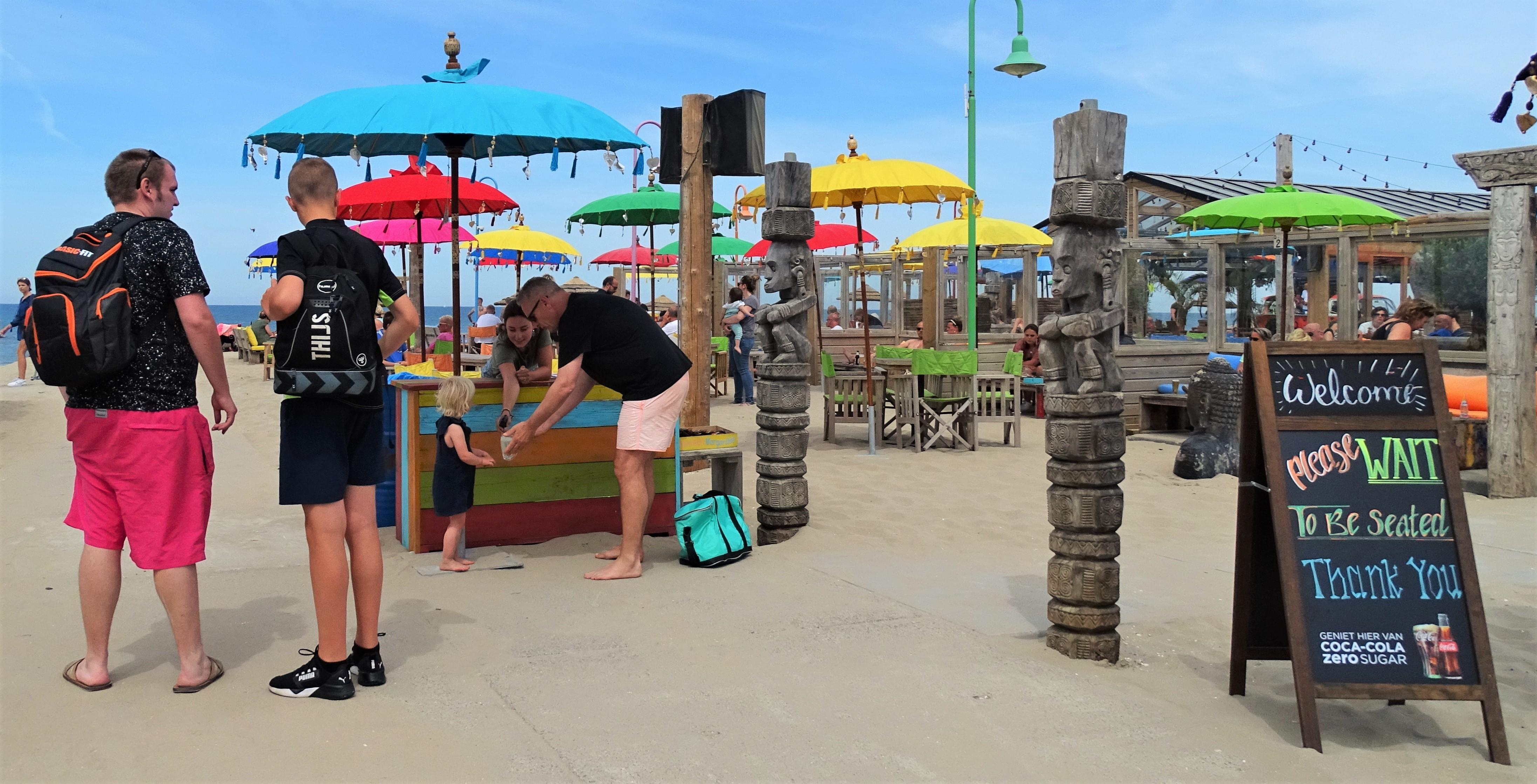'Eindelijk zijn de strandpaviljoens weer open. Hier heb ik naar uitgekeken'