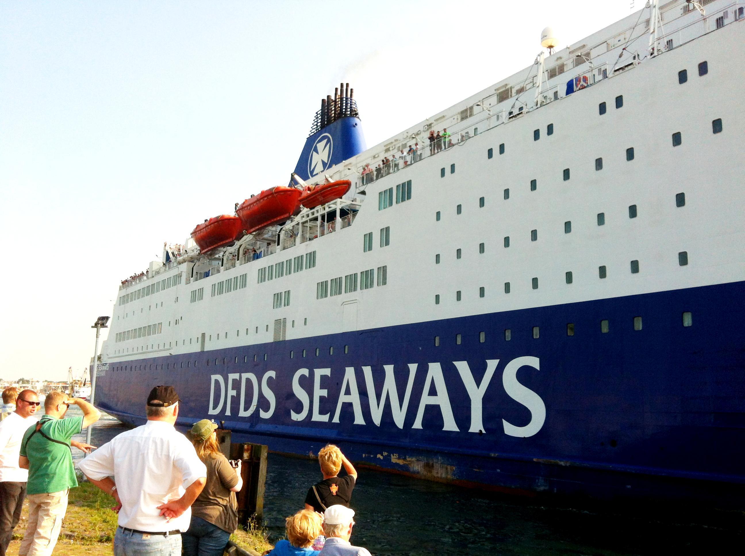 Weer tientallen inklimmers betrapt bij ferry IJmuiden