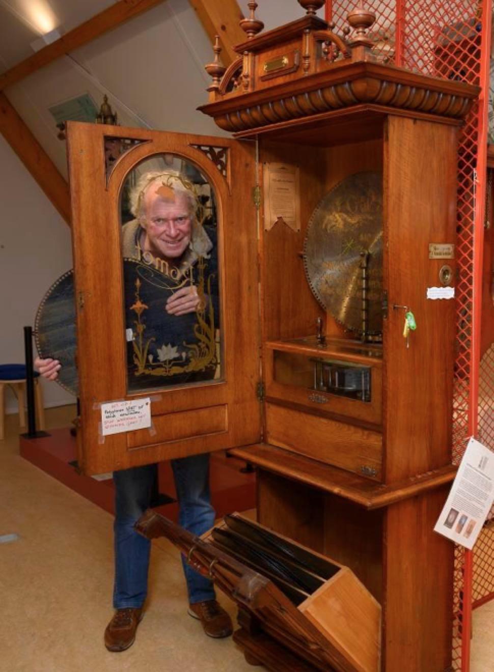 De voorloper van de jukebox: na een kroegleven in Monnickendams museum De Speeltoren [video]
