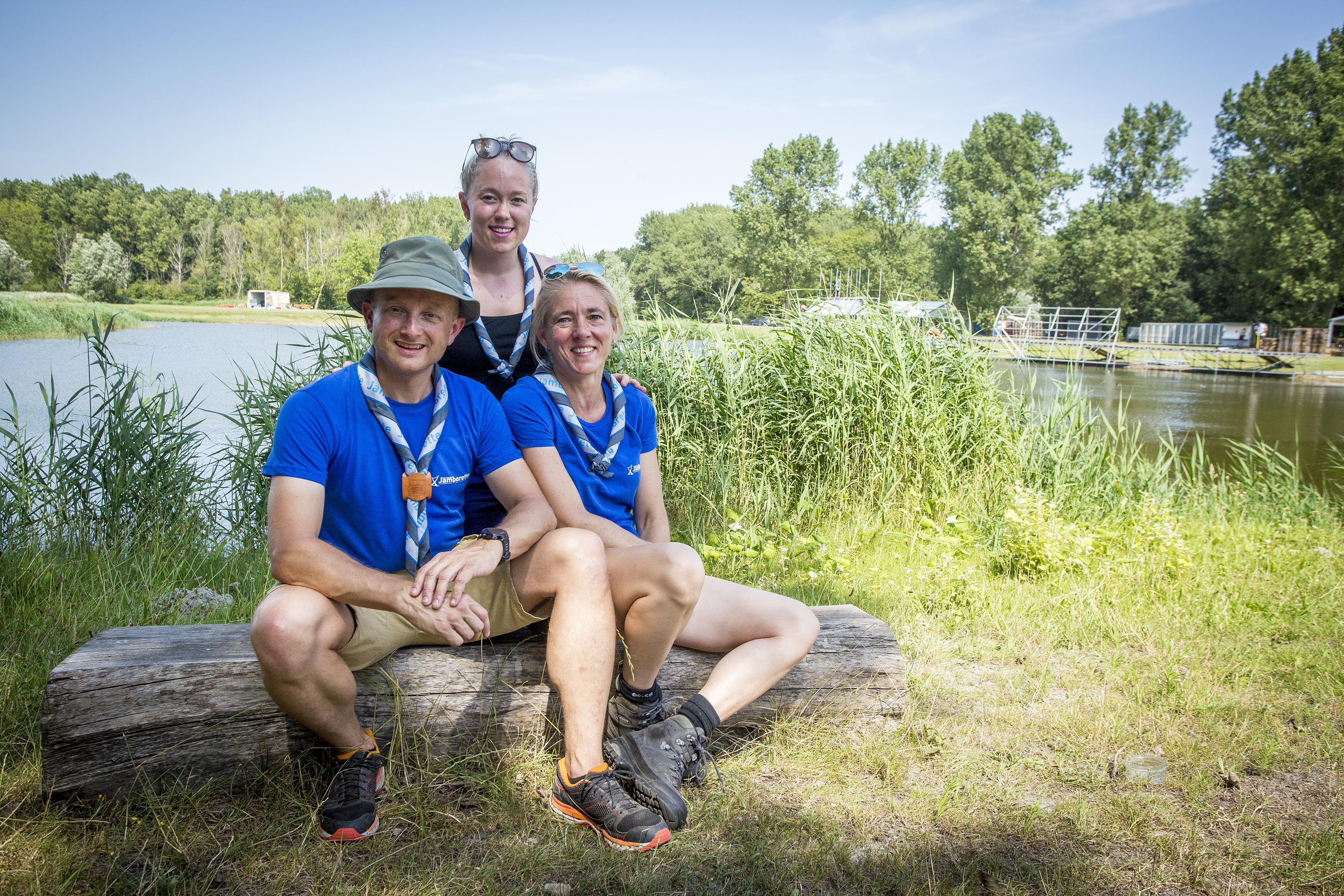 Haarlem Jamborette met 3500 deelnemers in Spaarnwoude: Piet en Wil Honderdos zien dat het goed is