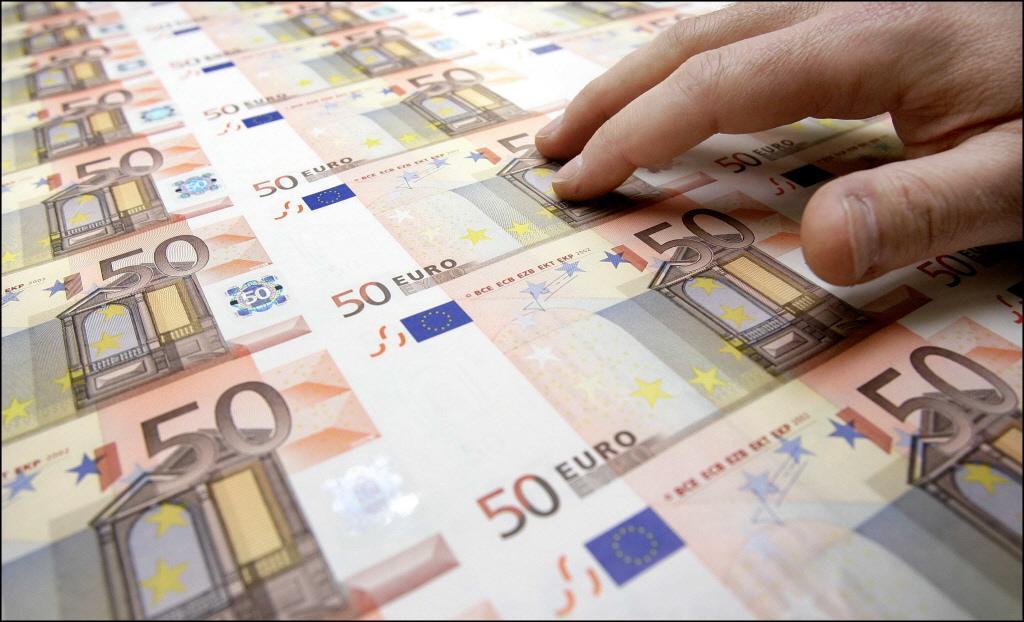 Bende maakte 4 miljoen euro buit door honderden ouderen wijs te maken dat hun rekening was gehackt, en dat ze hun geld snel moesten storten op een 'veilig' account
