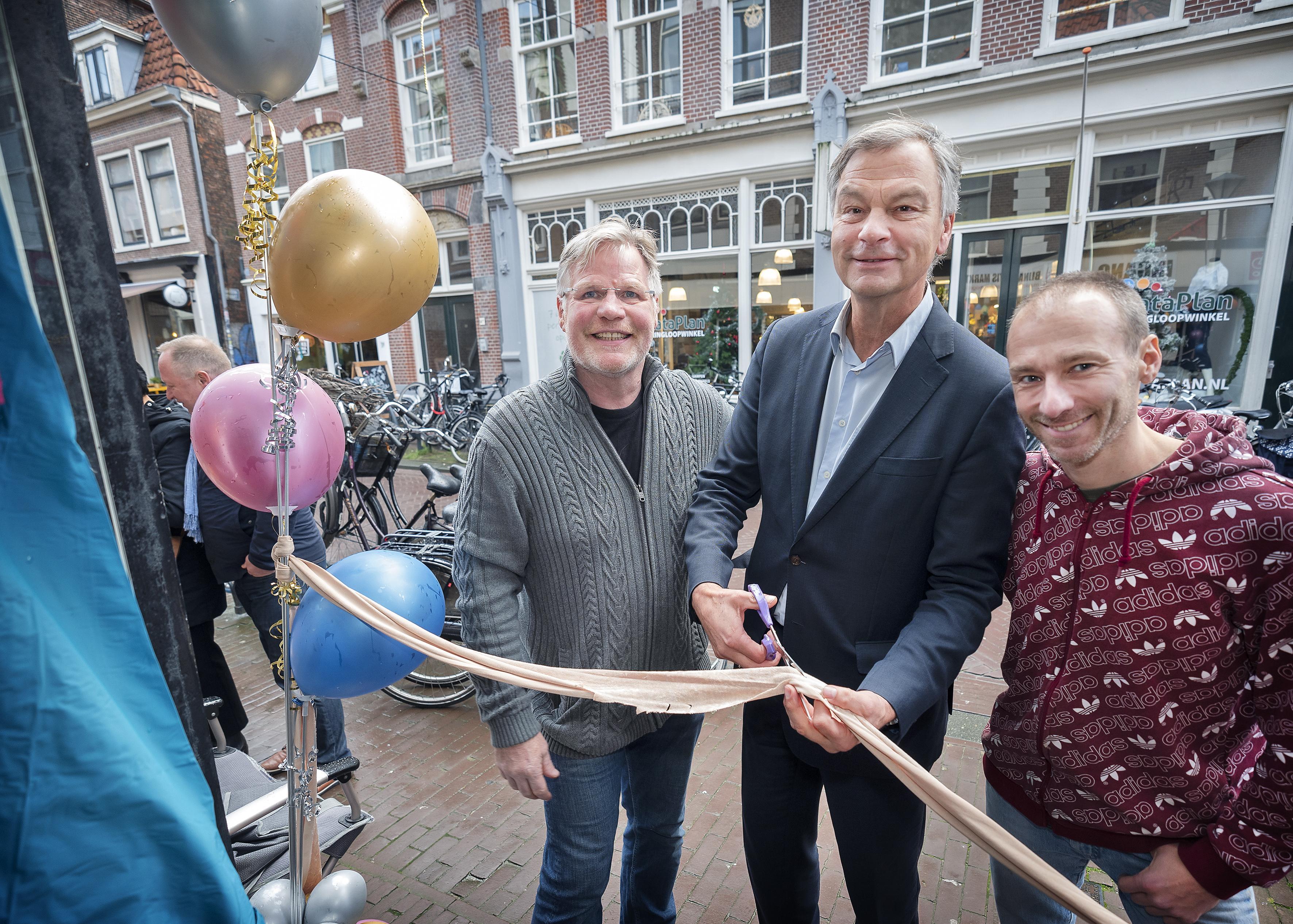 De Bijna Gratis Markt, die Haarlemmers uit de goot haalt, is opnieuw ingericht