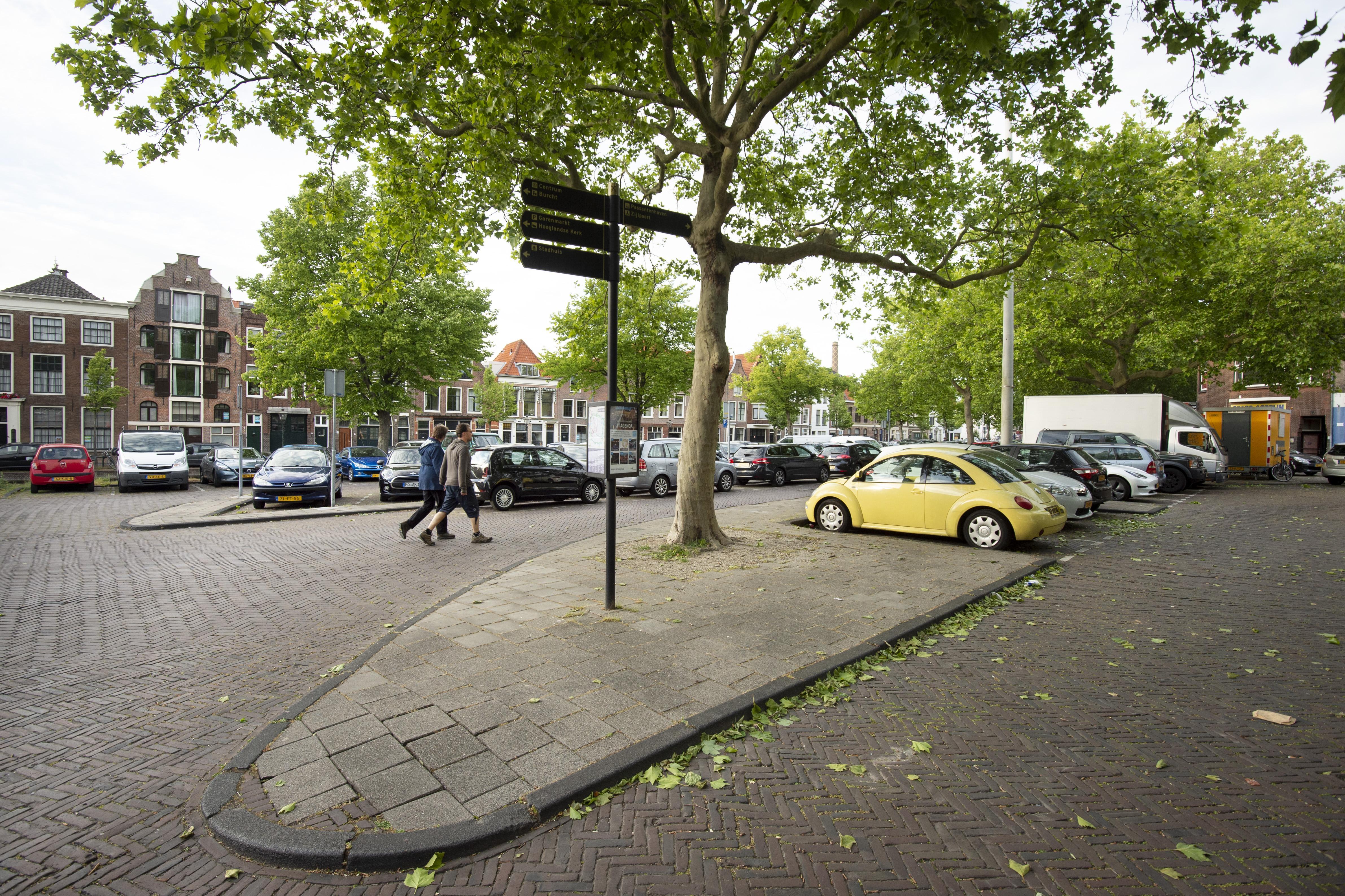 Nieuw rapport over wenselijkheid van dure kadehuizen aan de Leidse Kaasmarkt
