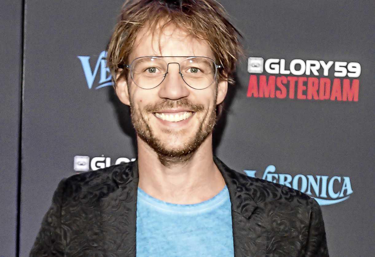 Giel Beelen In De Clinch Met Sidekicks Veronica Inside Entertainment Telegraaf Nl