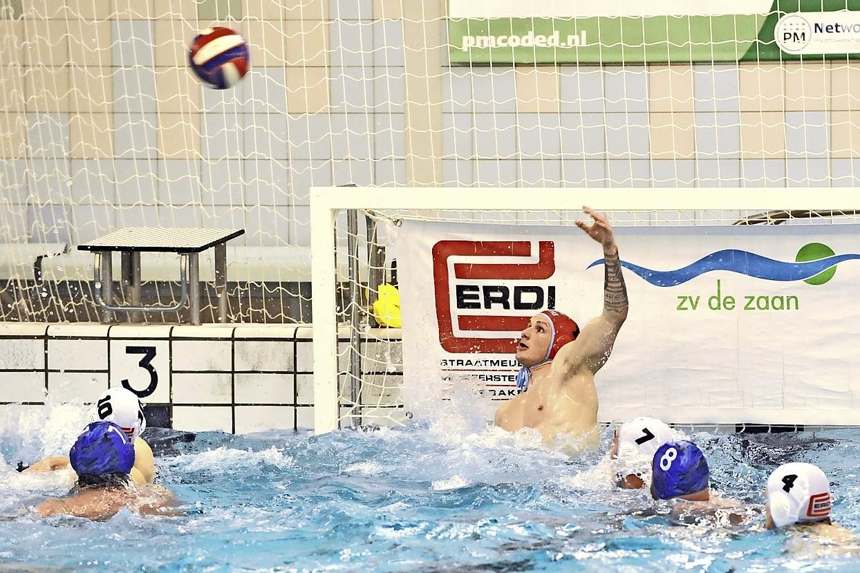 AZC begint play-offs met kansloze nederlaag tegen De Zaan