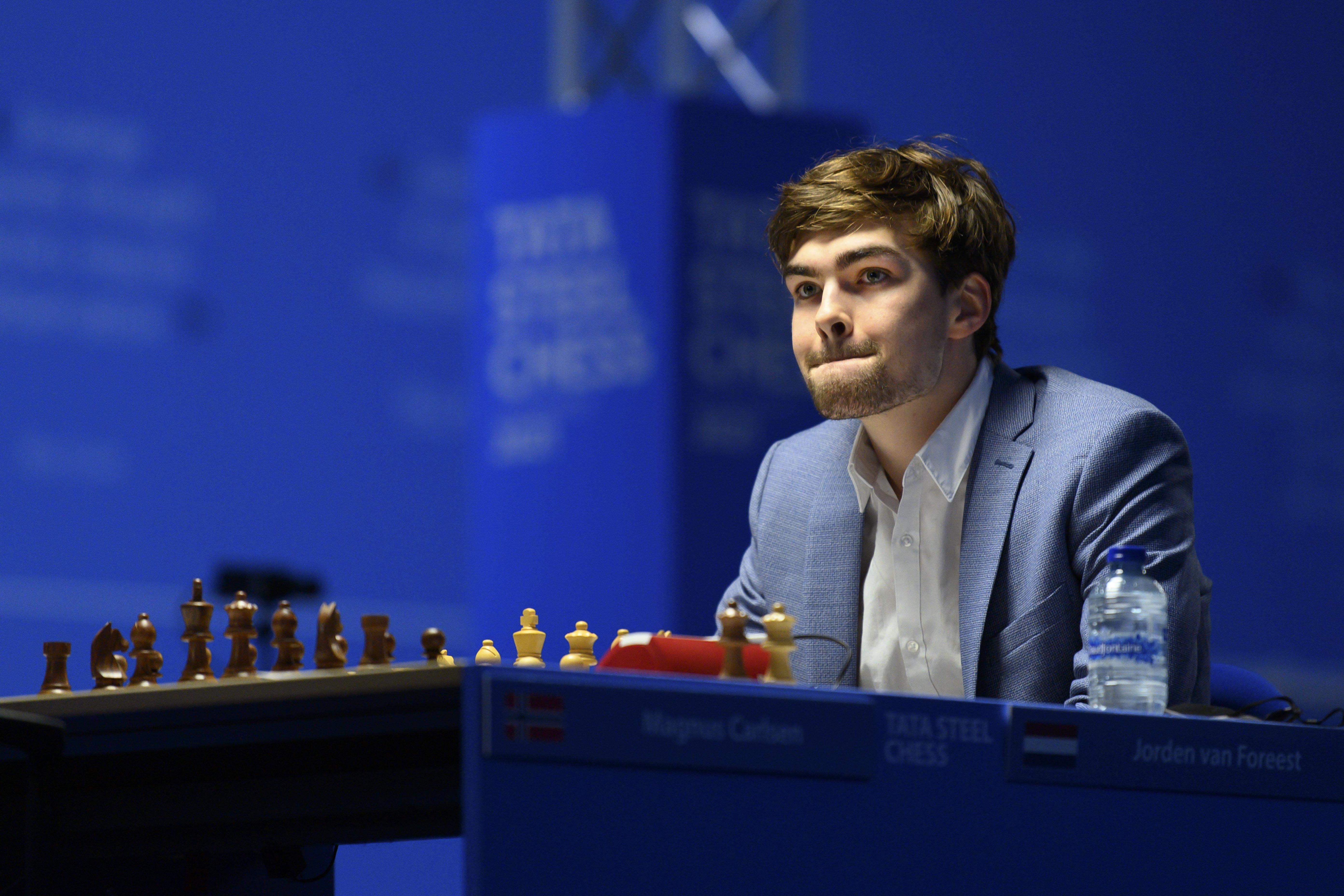 Jorden van Foreest wint praktisch (maar mooi had ook gekund): dit is wat grootmeester Dimitri Reinderman opviel tijdens Tata Steel Chess