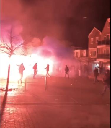 Katwijkse burgemeester overweegt cameratoezicht Andreasplein om overlast jongeren tegen te gaan: 'Op veiligheid moet je nooit bezuinigen'