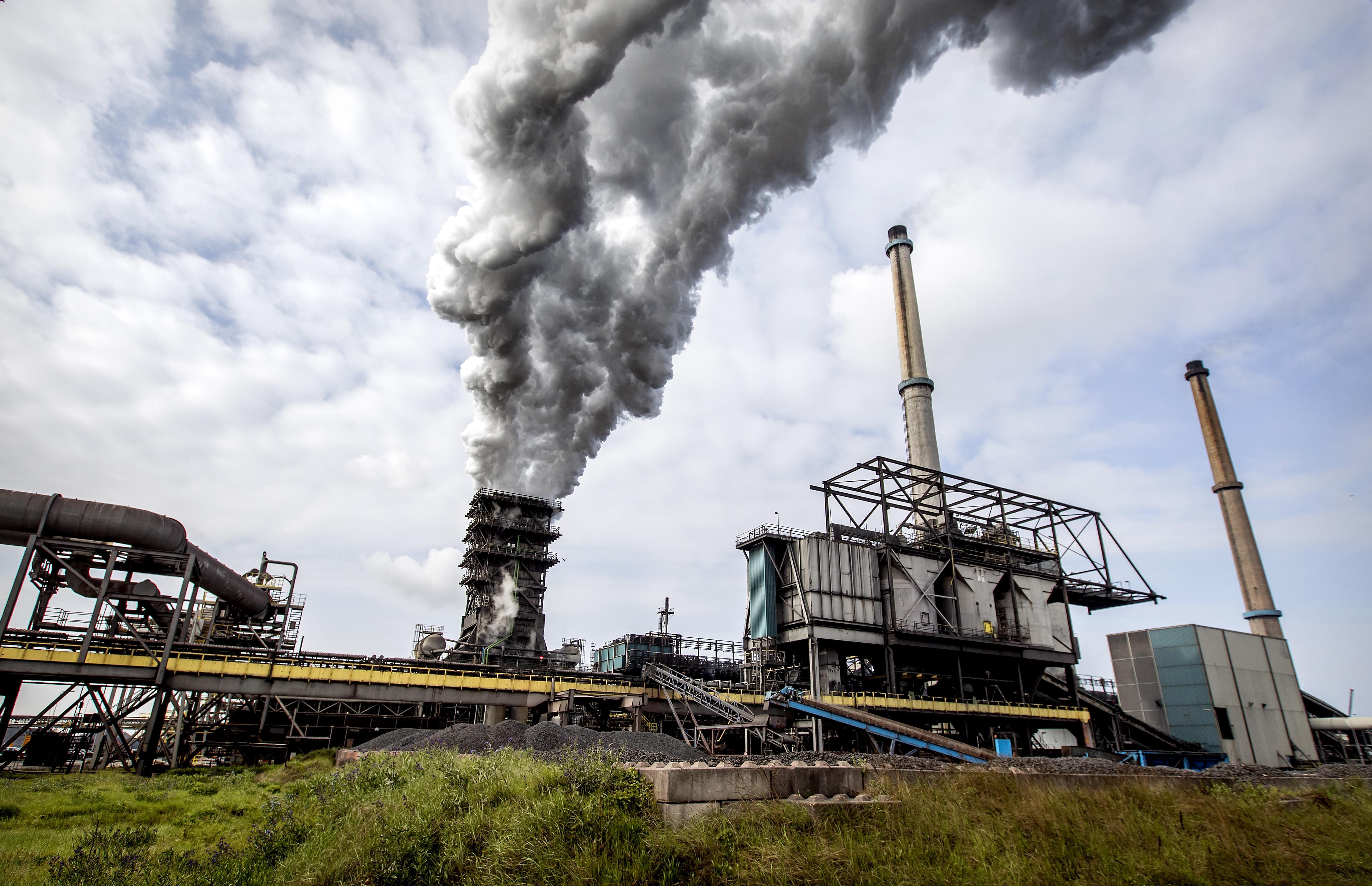Tata Steel grootste loodvervuiler van Nederland: helft van uitstoot komt van staalgigant