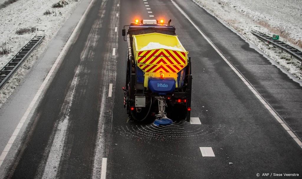 Winterweer: Rijkswaterstaat strooit 11 miljoen kilo zout