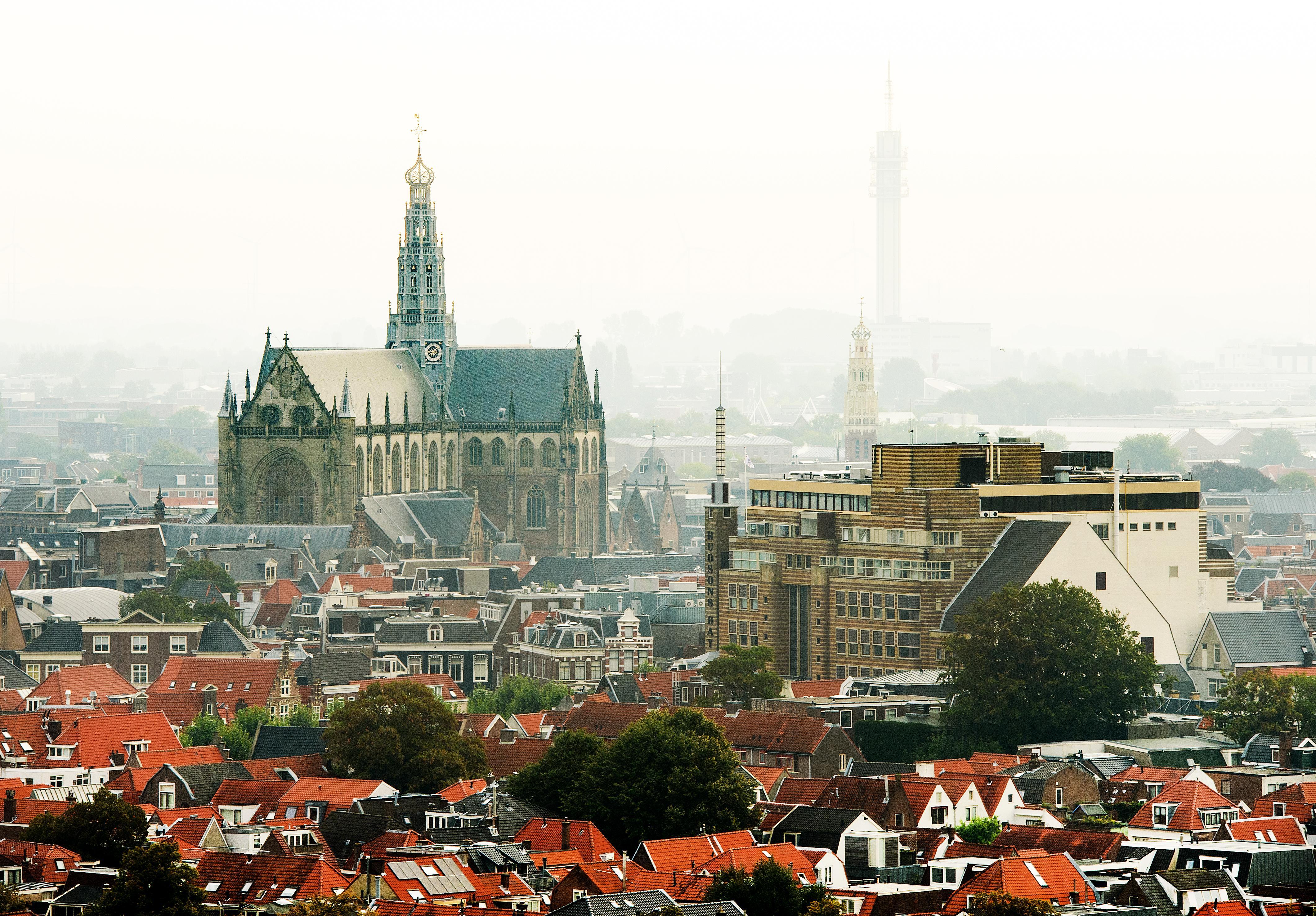 Mag Haarlem hoger bouwen dan de Bavotoren?