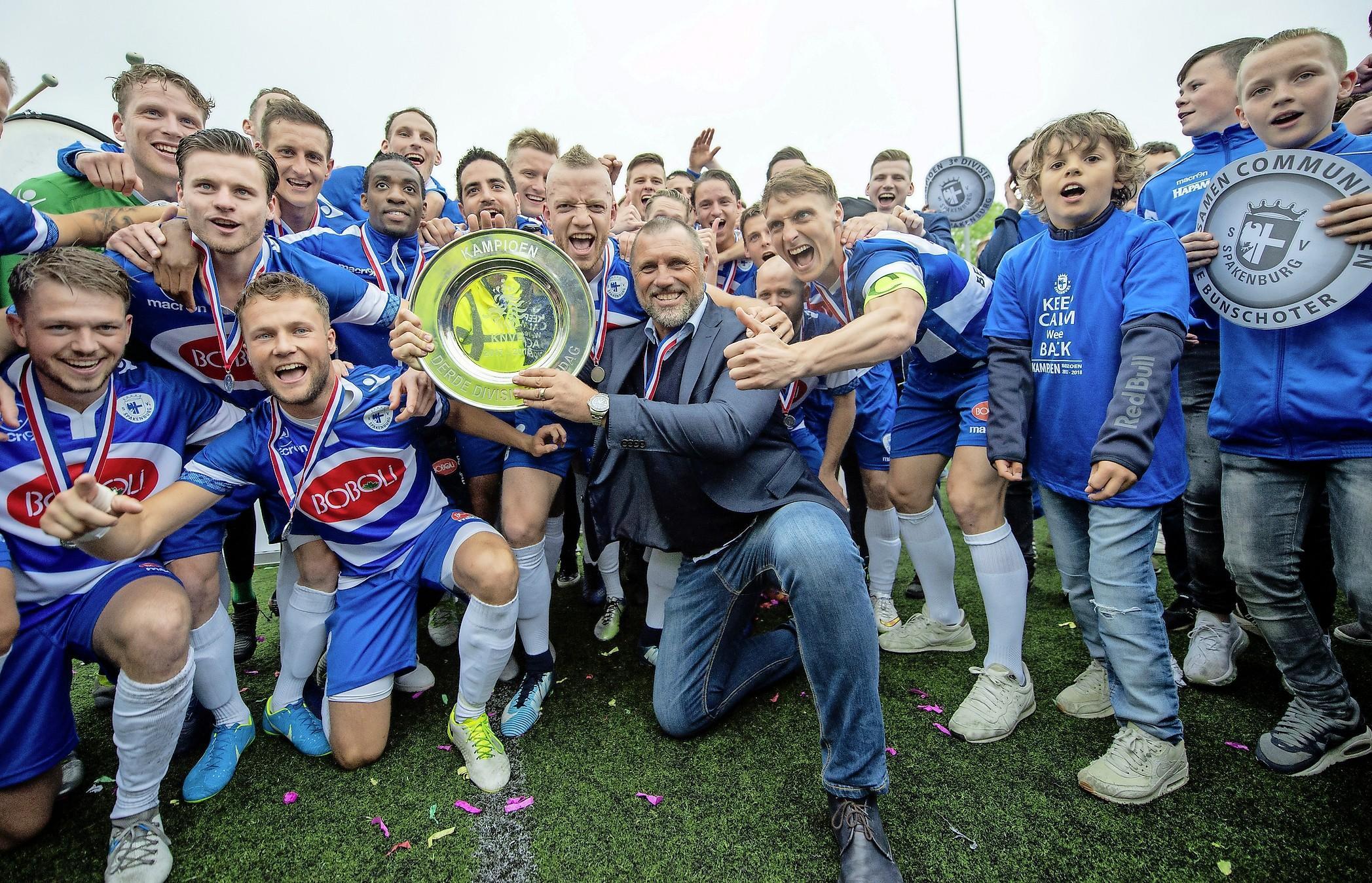 Spakenburg na één jaar terug in tweede divisie