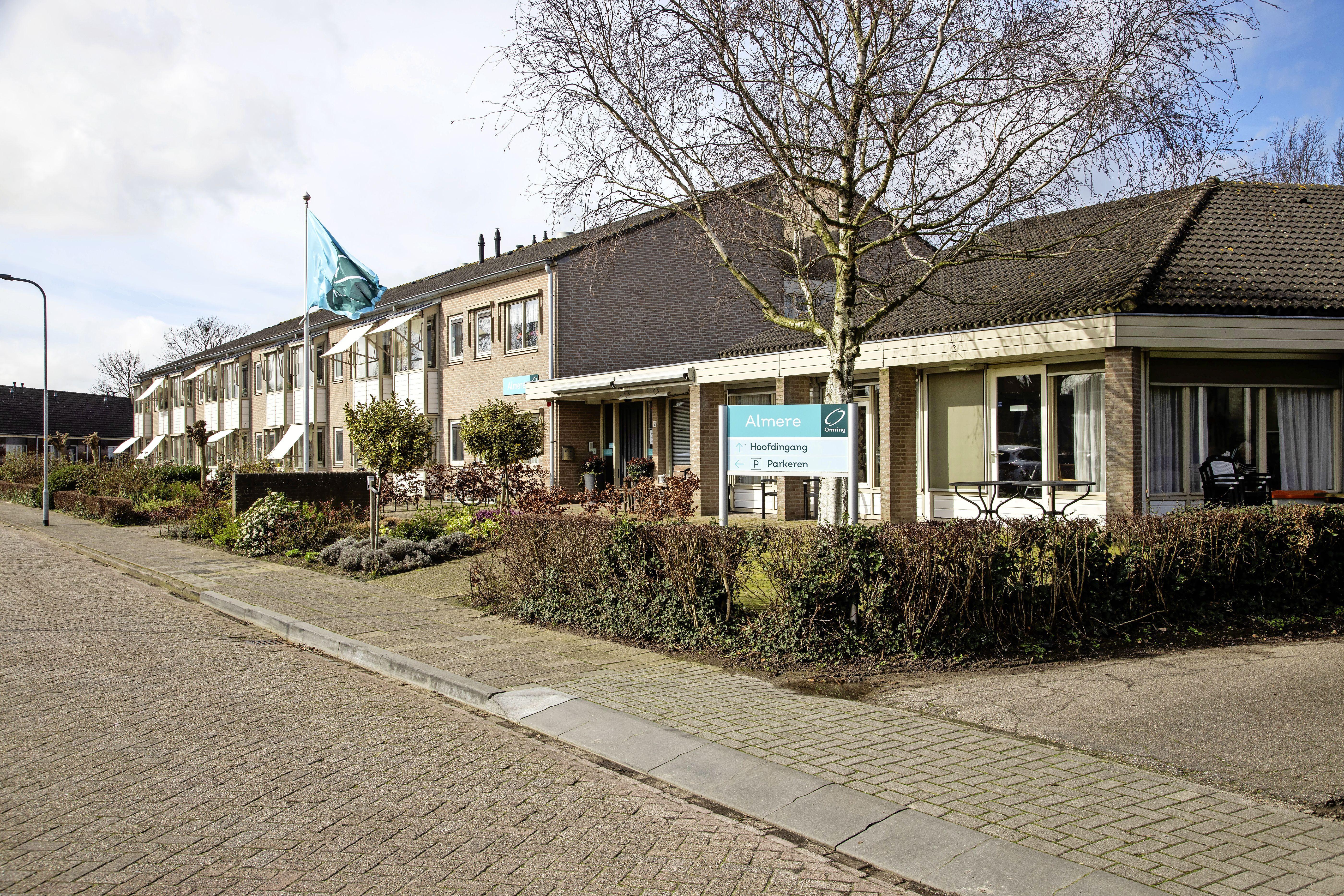Almere in Opperdoes nog steeds te koop