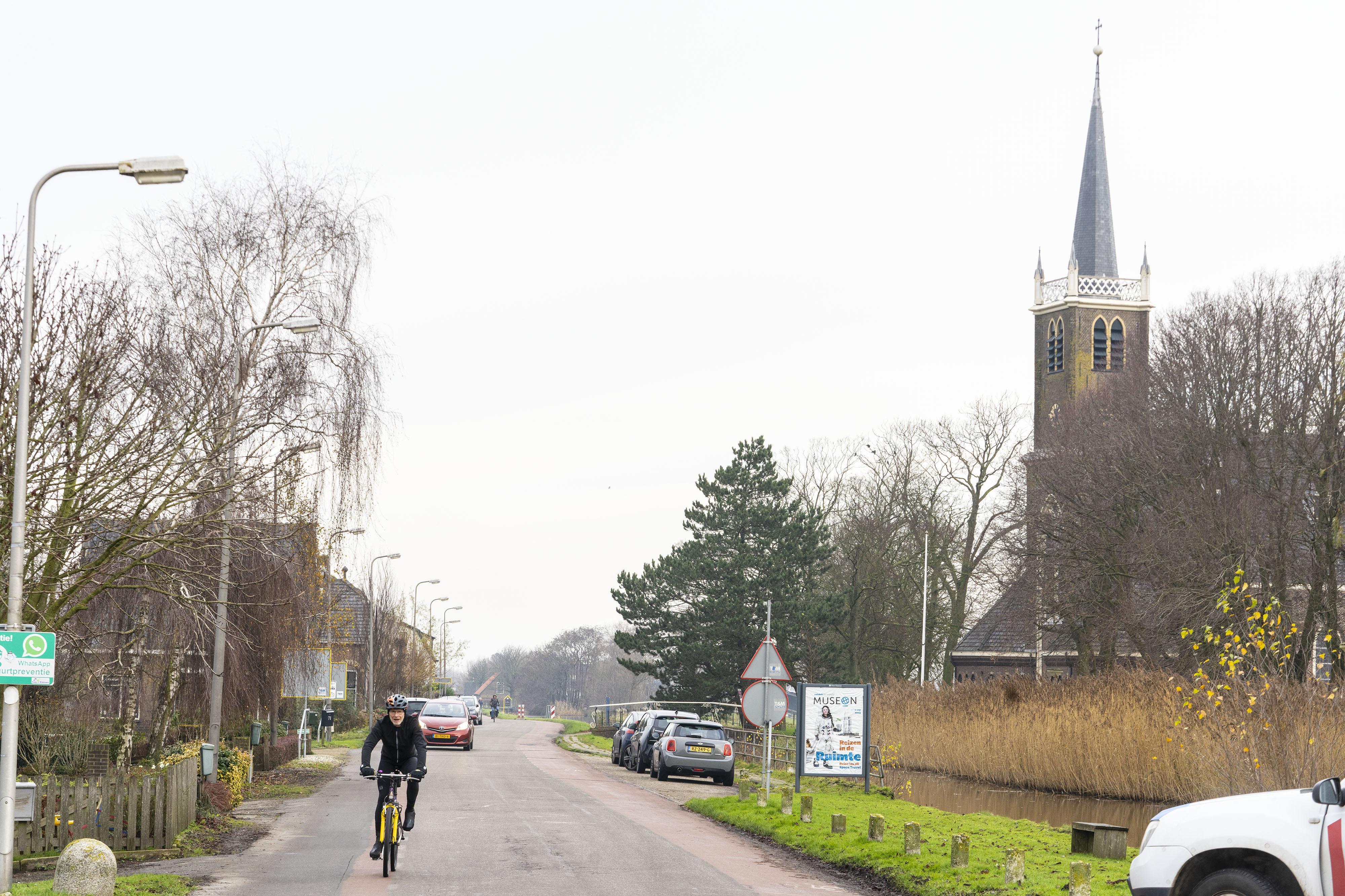 Landbouwverkeer wellicht toch op de N207 bij werk aan Van der Veldenweg Leimuiden