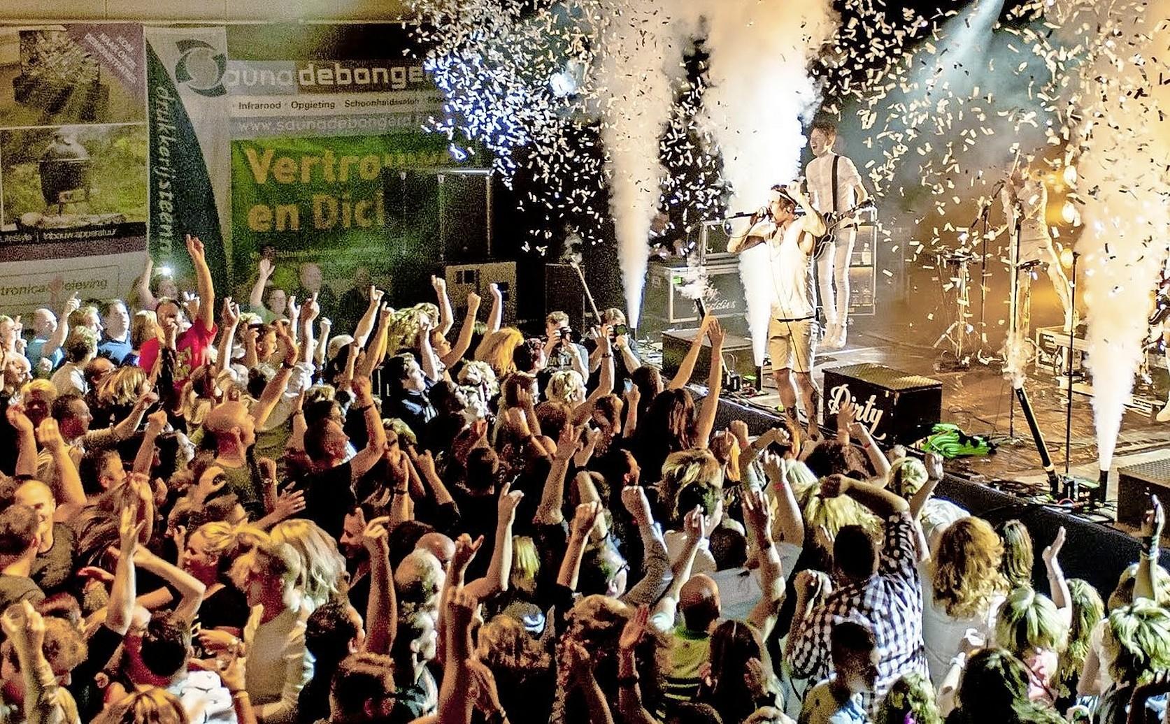Snertpop Midwoud wordt buitenfestival