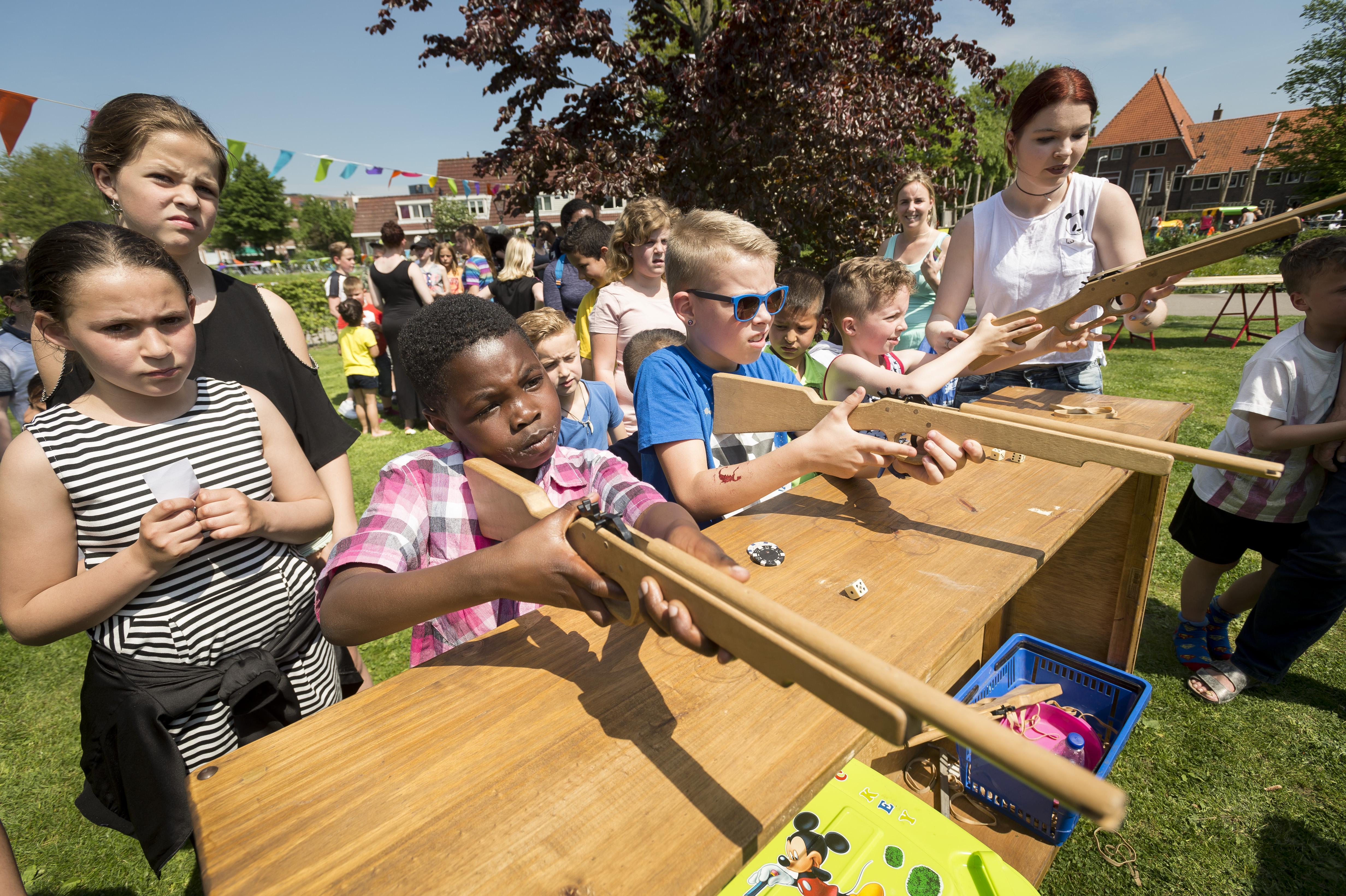 Bijna 800 kinderen spelen in Leidse Kooipark