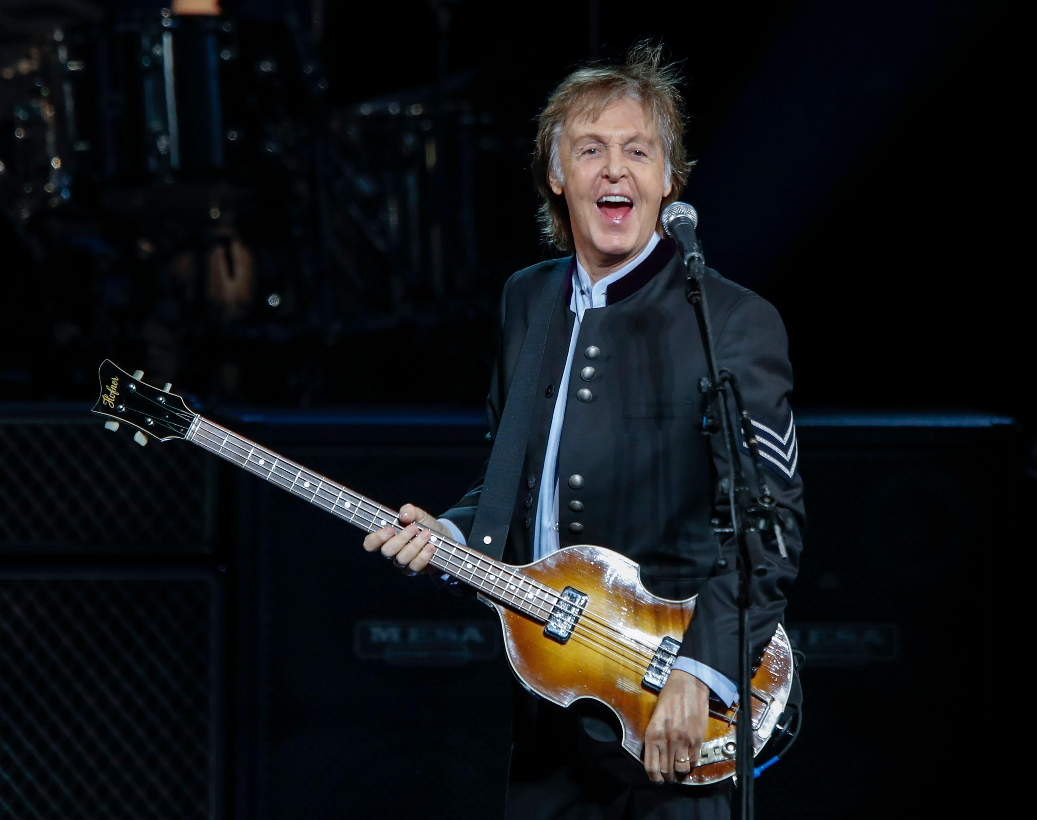 Voor Adrie en John Zuurendonk geen Paul McCartney, wel (via ons) hun geld terug