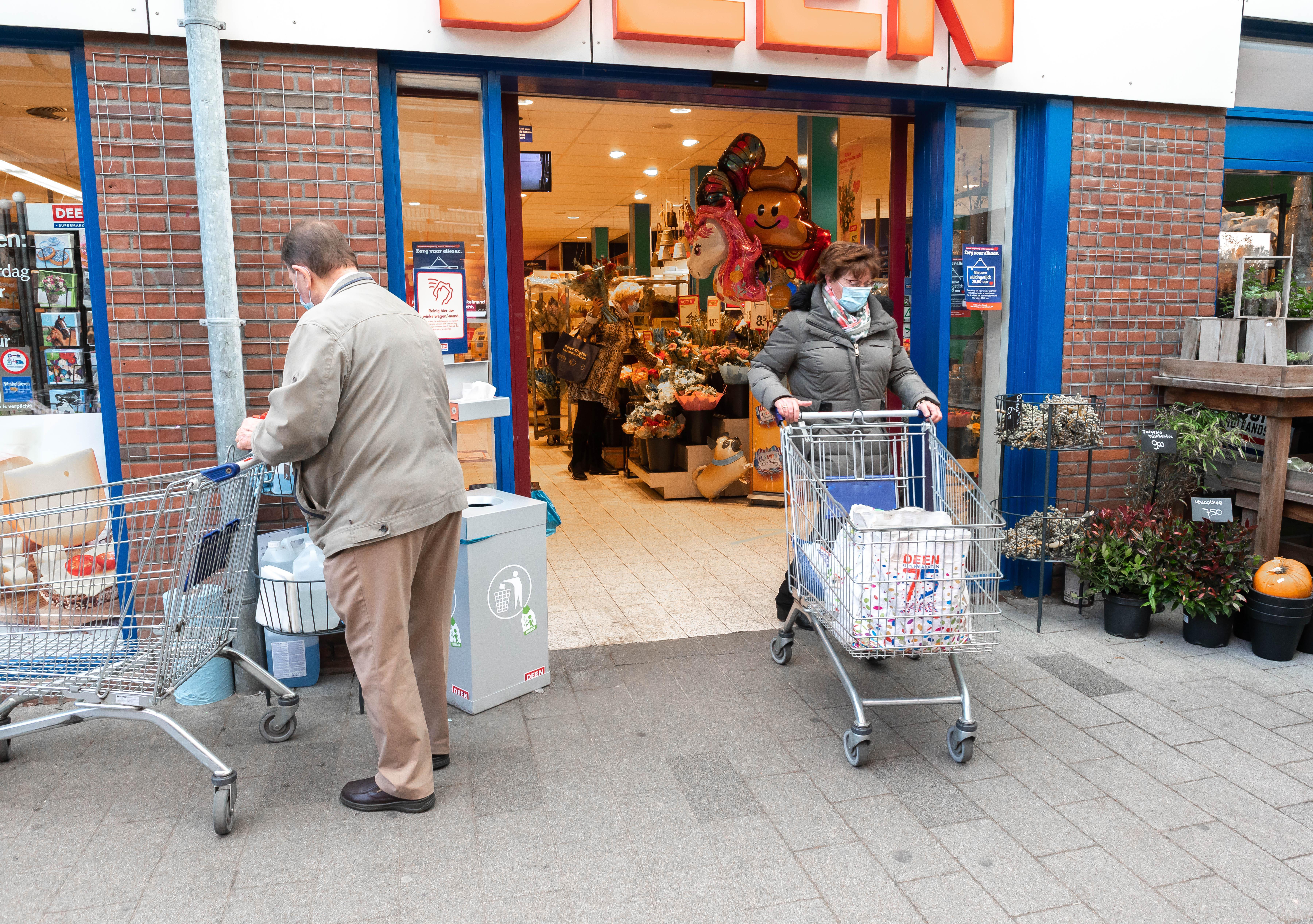 Corona: in Zaandam-Poelenburg en in Volendam testte 1,5 % van de bewoners afgelopen maand positief