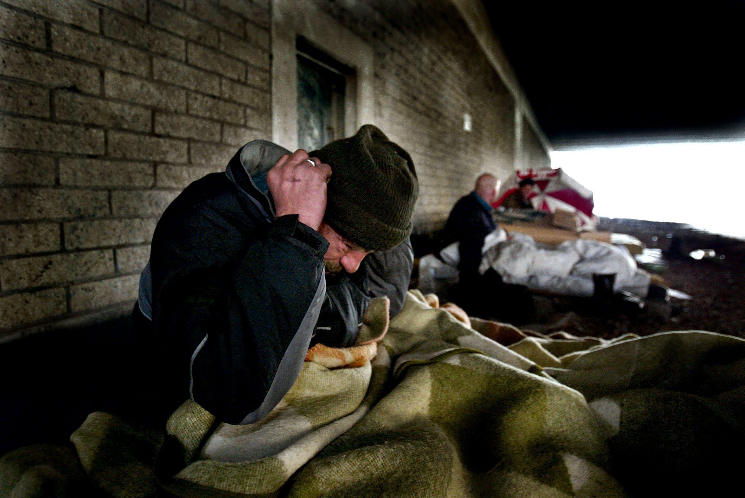 Eerlijke daklozen krijgen een muntje | column 60 seconden