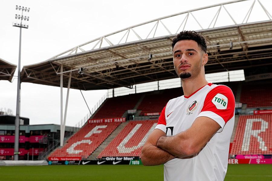 'Ik ga zo hard werken dat ik je teamgenoot word', zei Benaissa Benamar tegen vriend Adam Maher. Vanaf deze week spelen ze samen bij FC Utrecht