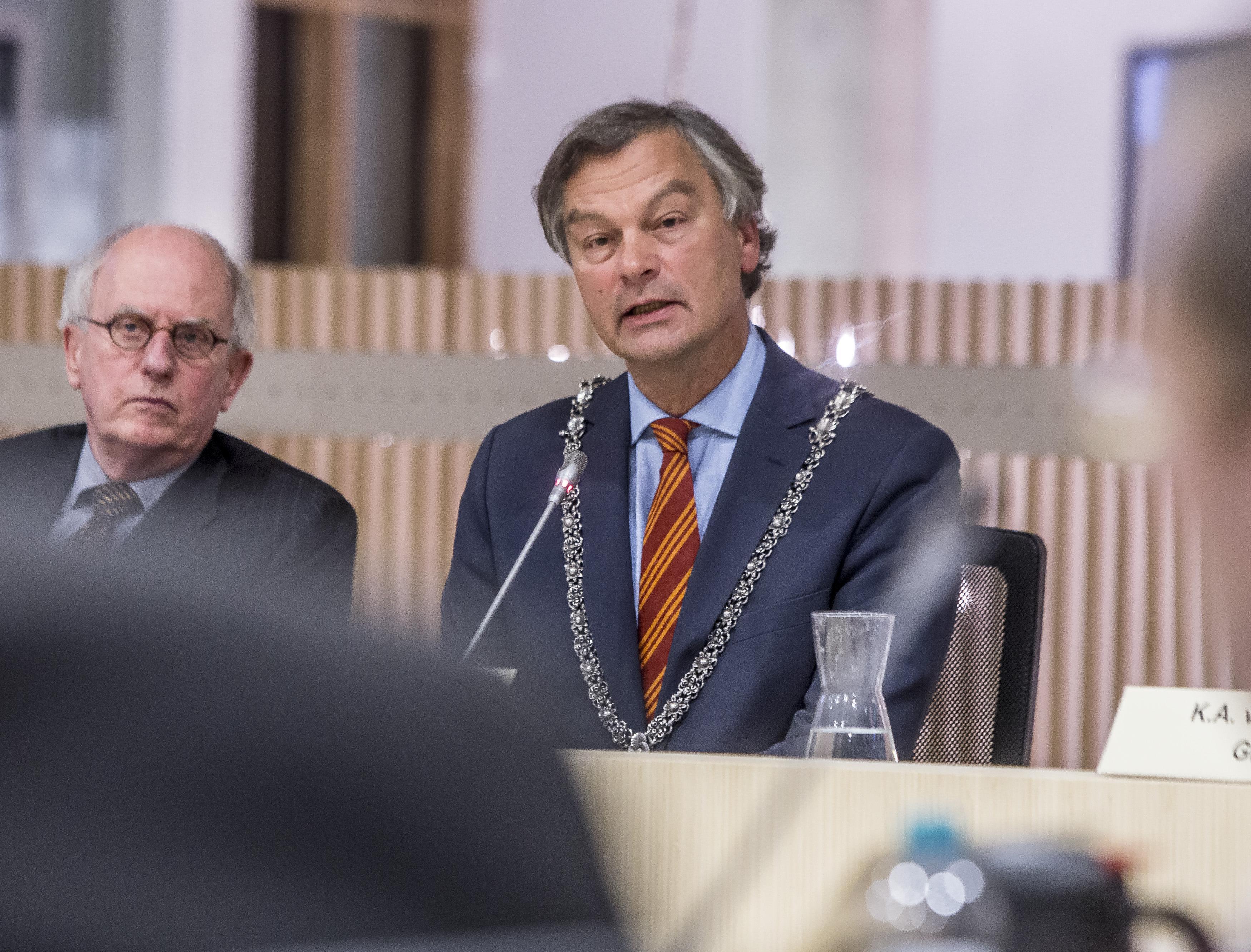 Burgemeester Schneiders vertrekt uit Bloemendaal: 'Bescherm overheid tegen burger'