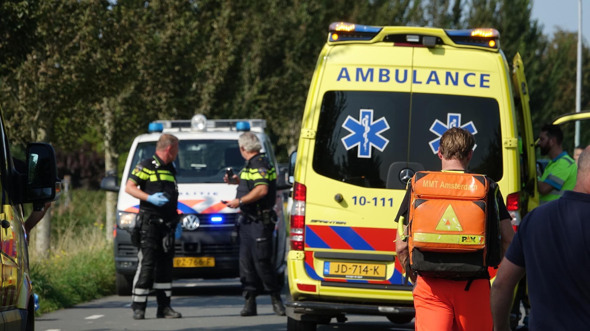 Fietser zwaargewond bij aanrijding met auto in Hoogwoud