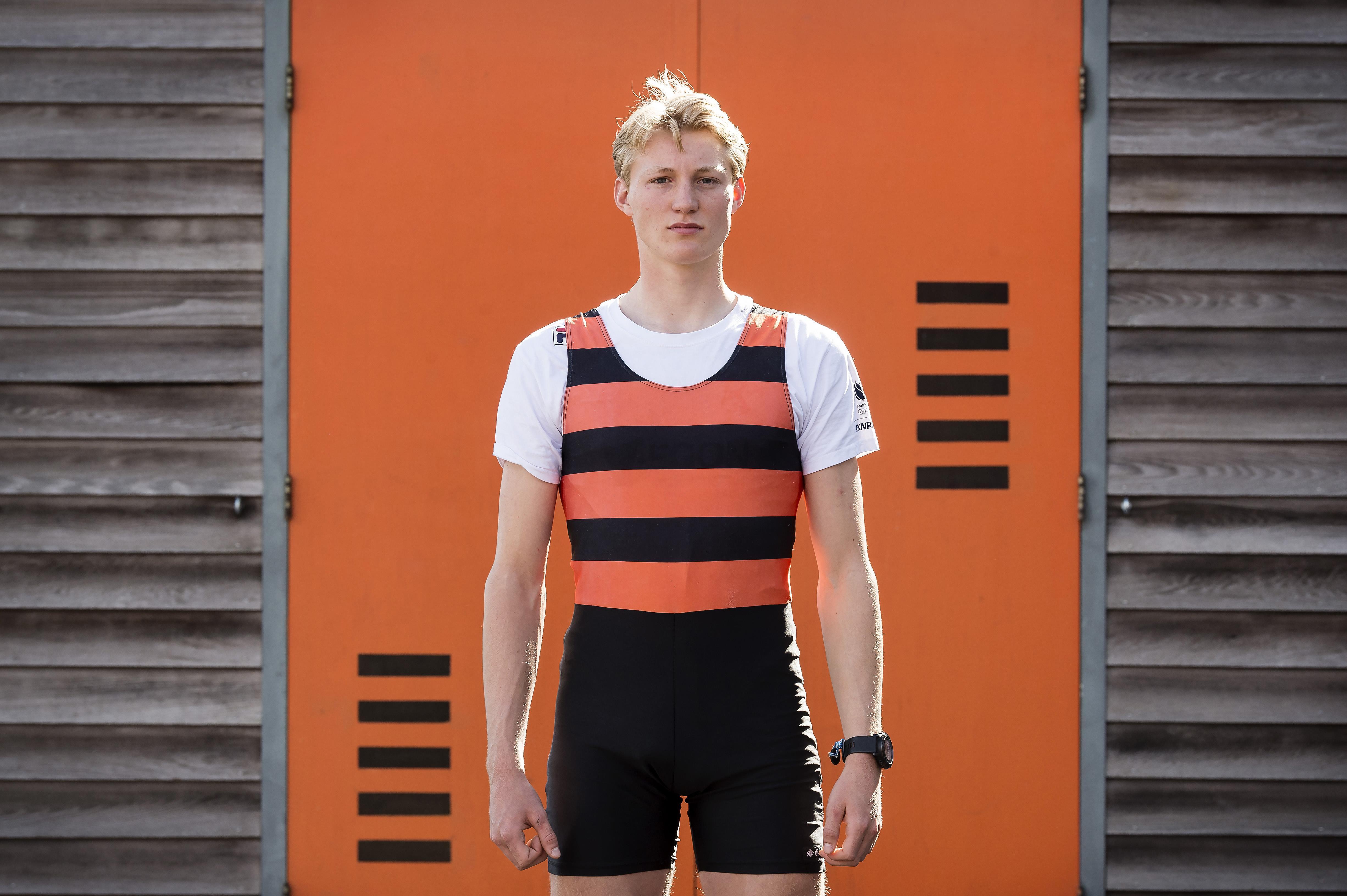 'Ik ben gestopt met mijn opleiding en ben enkel gaan trainen, eten en rusten.' Het leverde Leidenaar Finn Florijn plek op in skiff en deelname aan Europees kampioenschap