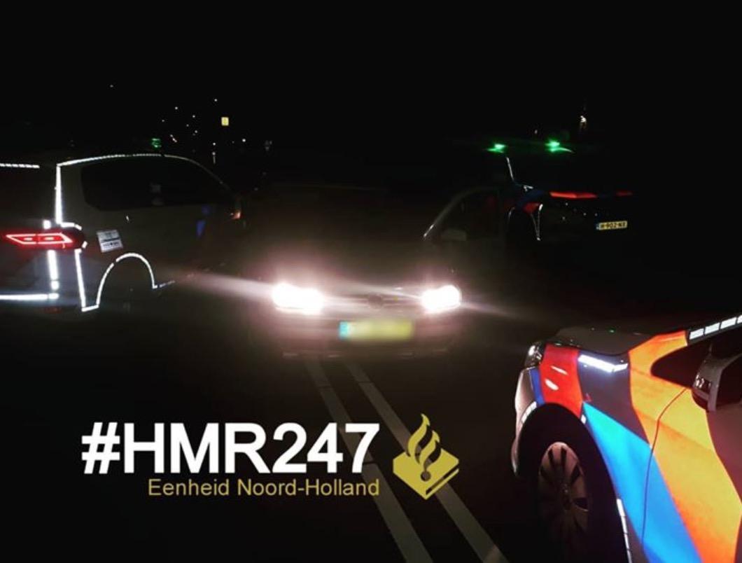 Agenten rijden auto klem in Hillegom na achtervolging: politiewagen beschadigd, bestuurder opgepakt
