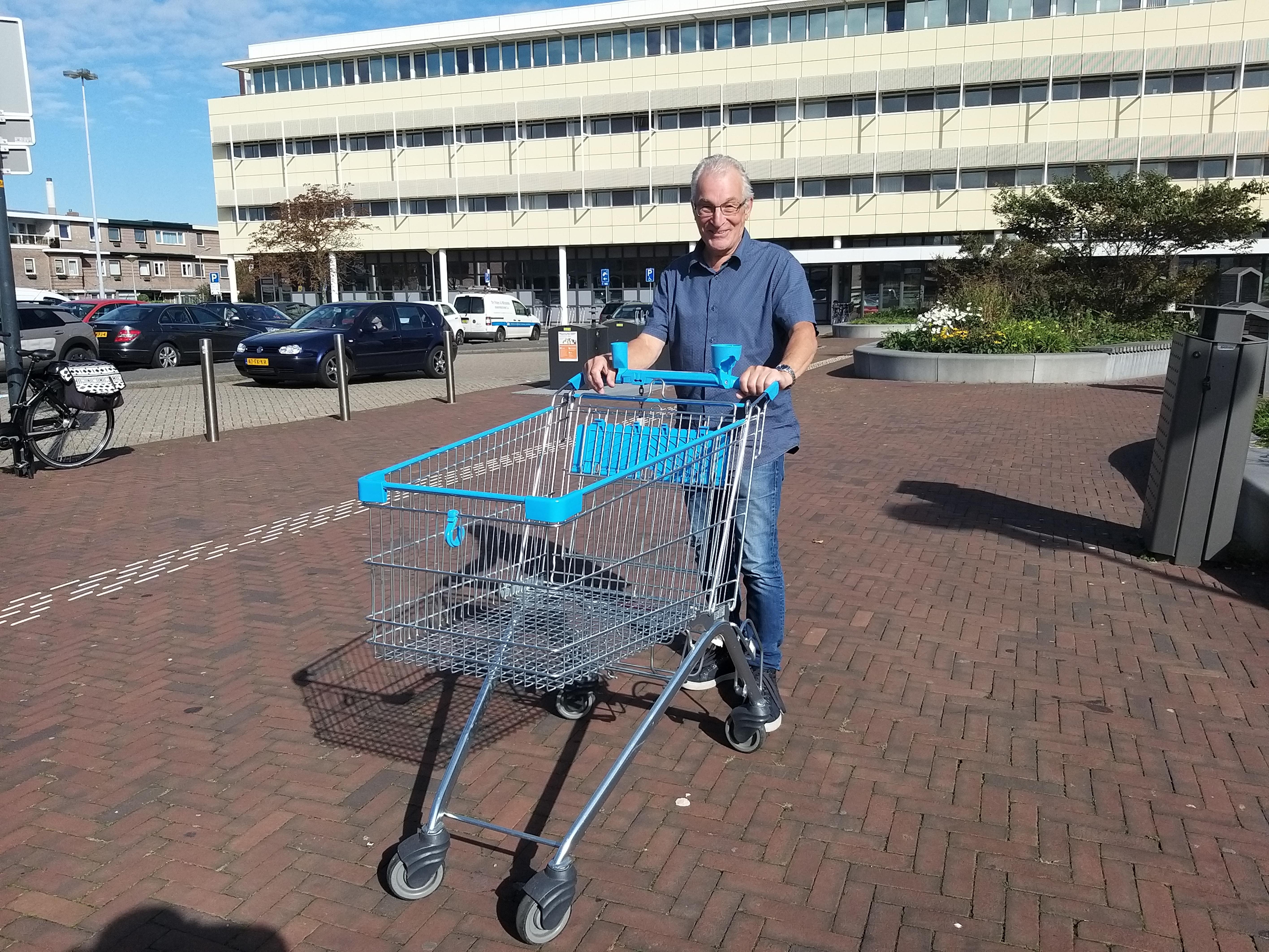 Ouderen in IJmuiden hebben geen behoefte aan een speciaal uurtje in de supermarkt. 'Laten we het nu gewoon een jaar doen die mondkapjes, dan zijn we ervan af'
