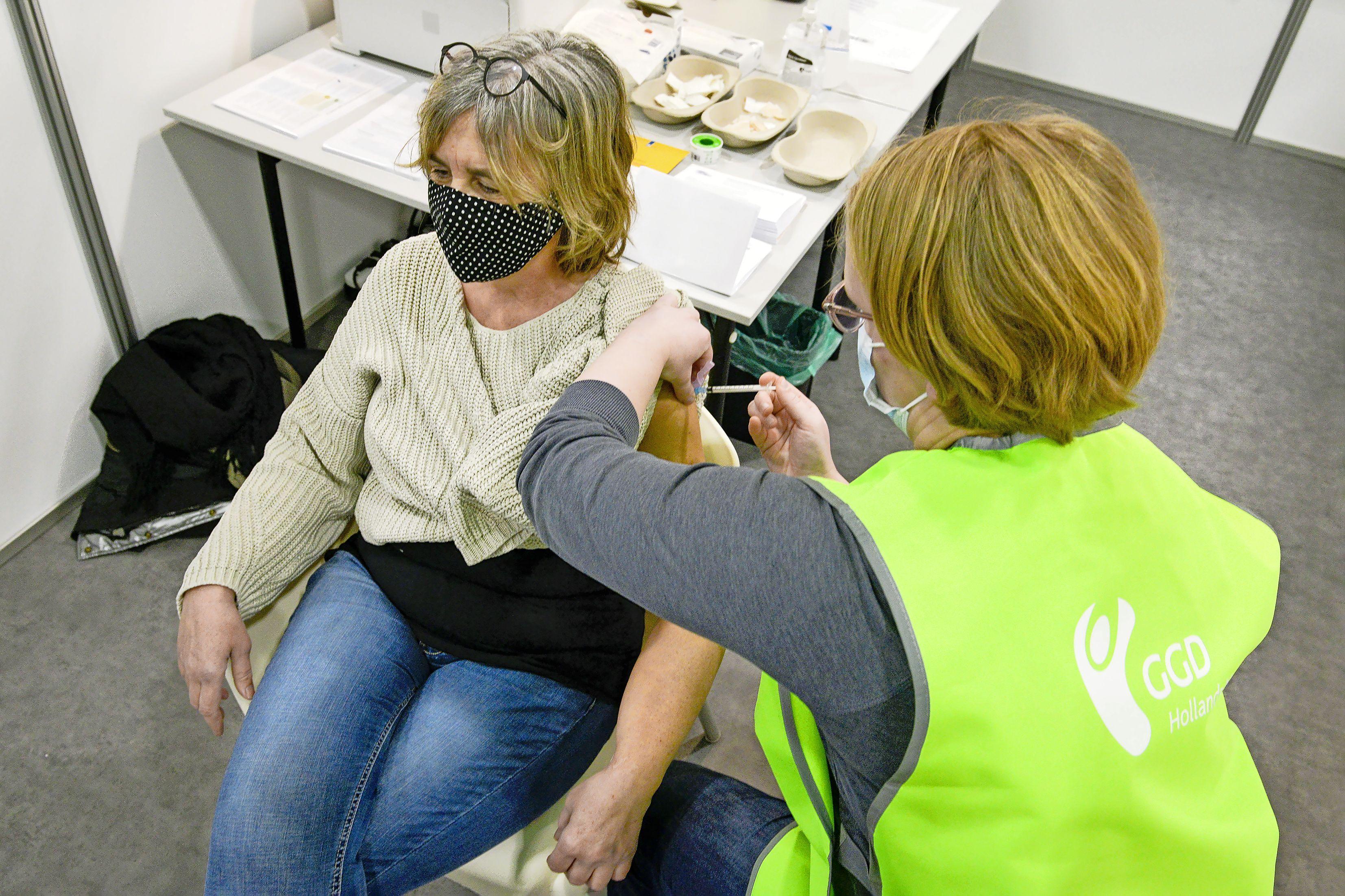 Dertig procent van de Texelaars onder de zestig heeft niet gereageerd op uitnodiging voor vaccinatie. Twaalf- tot achttienjarigen mogelijk ook op het eiland geprikt