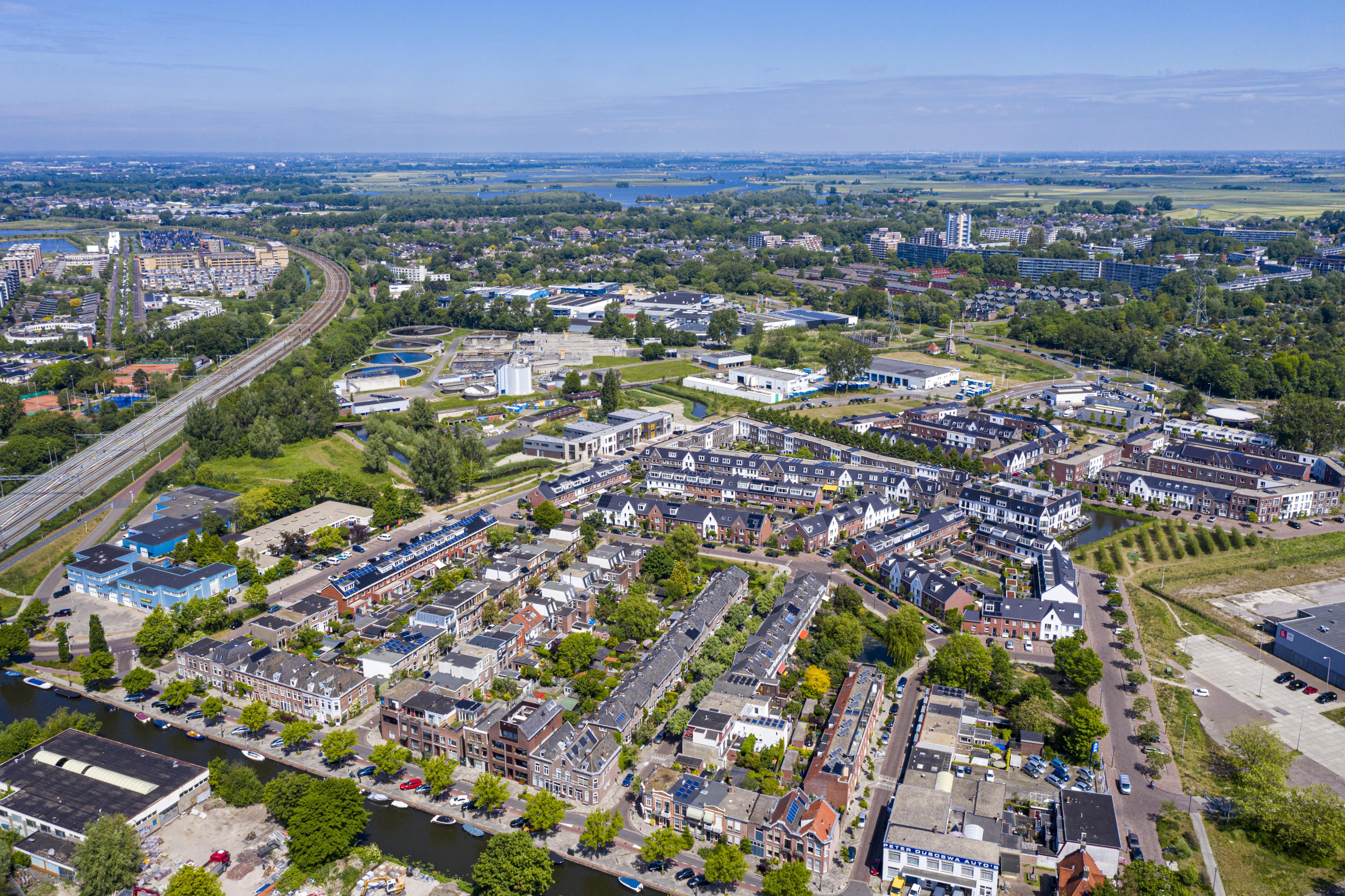 Bewoning won het van bedrijvigheid: Groenoordhallen wijken voor het oprukkende Leiden