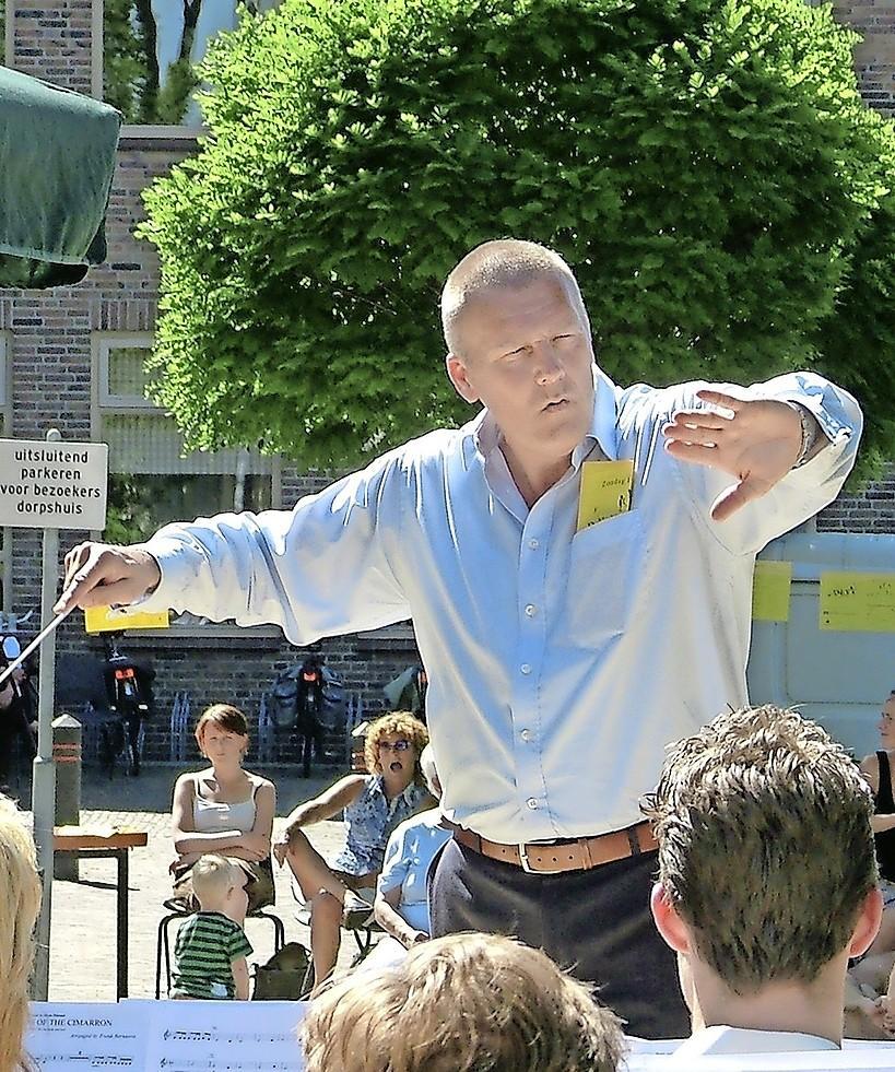 Een afscheidsjaar voor dirigent Bert Ridder (64) uit Spierdijk om nooit meer te vergeten