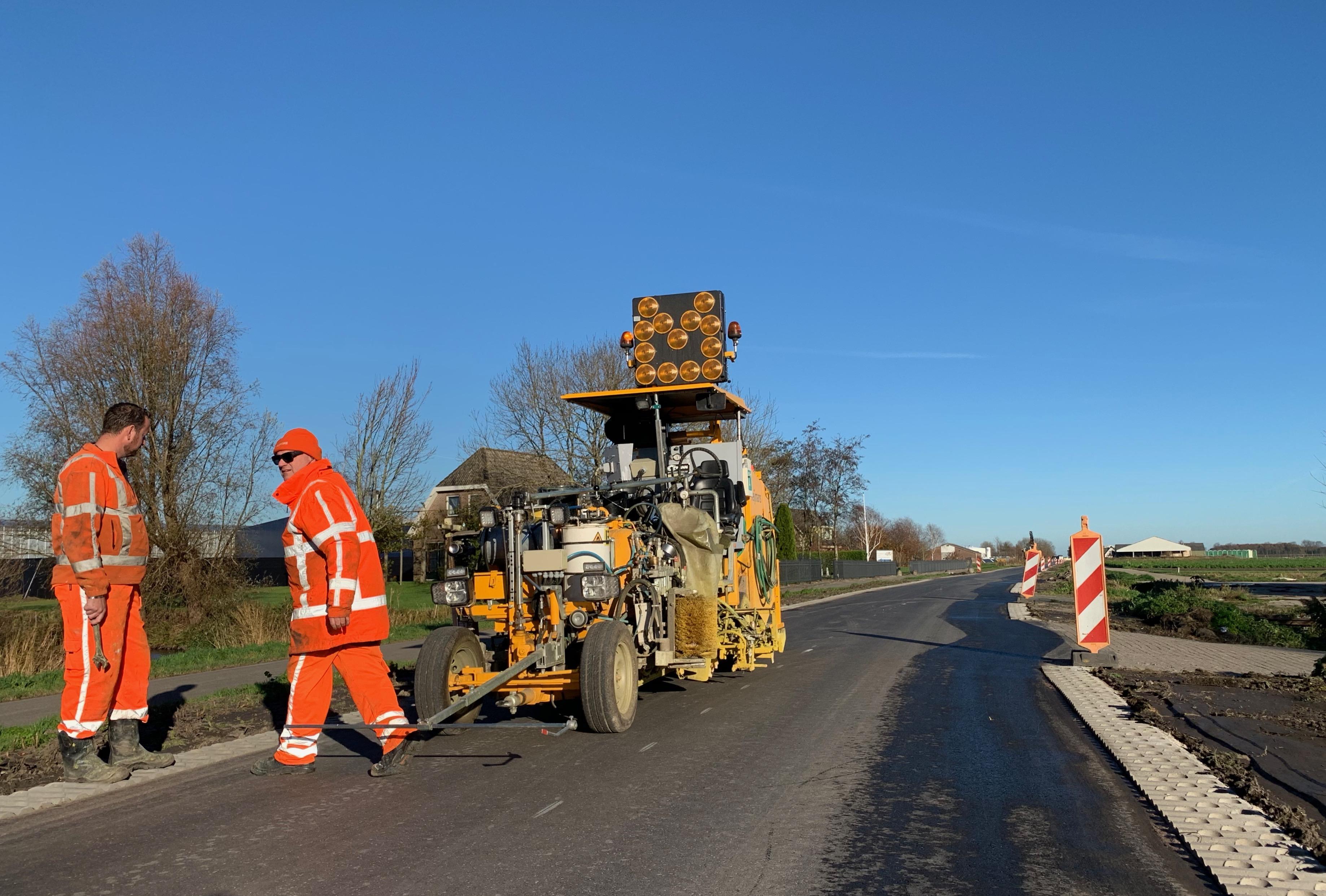 West-Friesland stuurt aan op 'sam-sam' betalen voor beheer van polderwegen