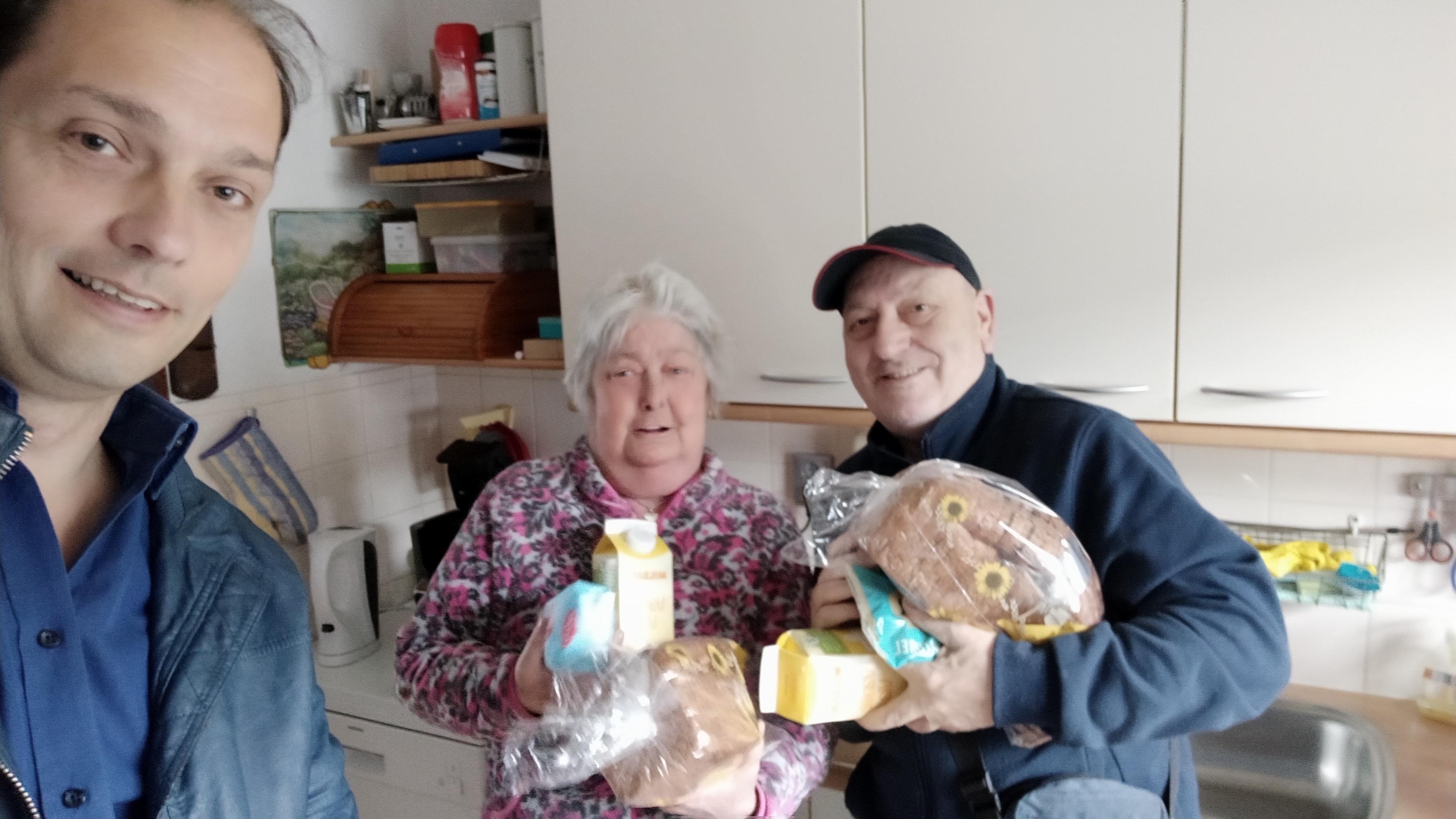 Haarlemmers doen boodschappen voor kwetsbare ouderen
