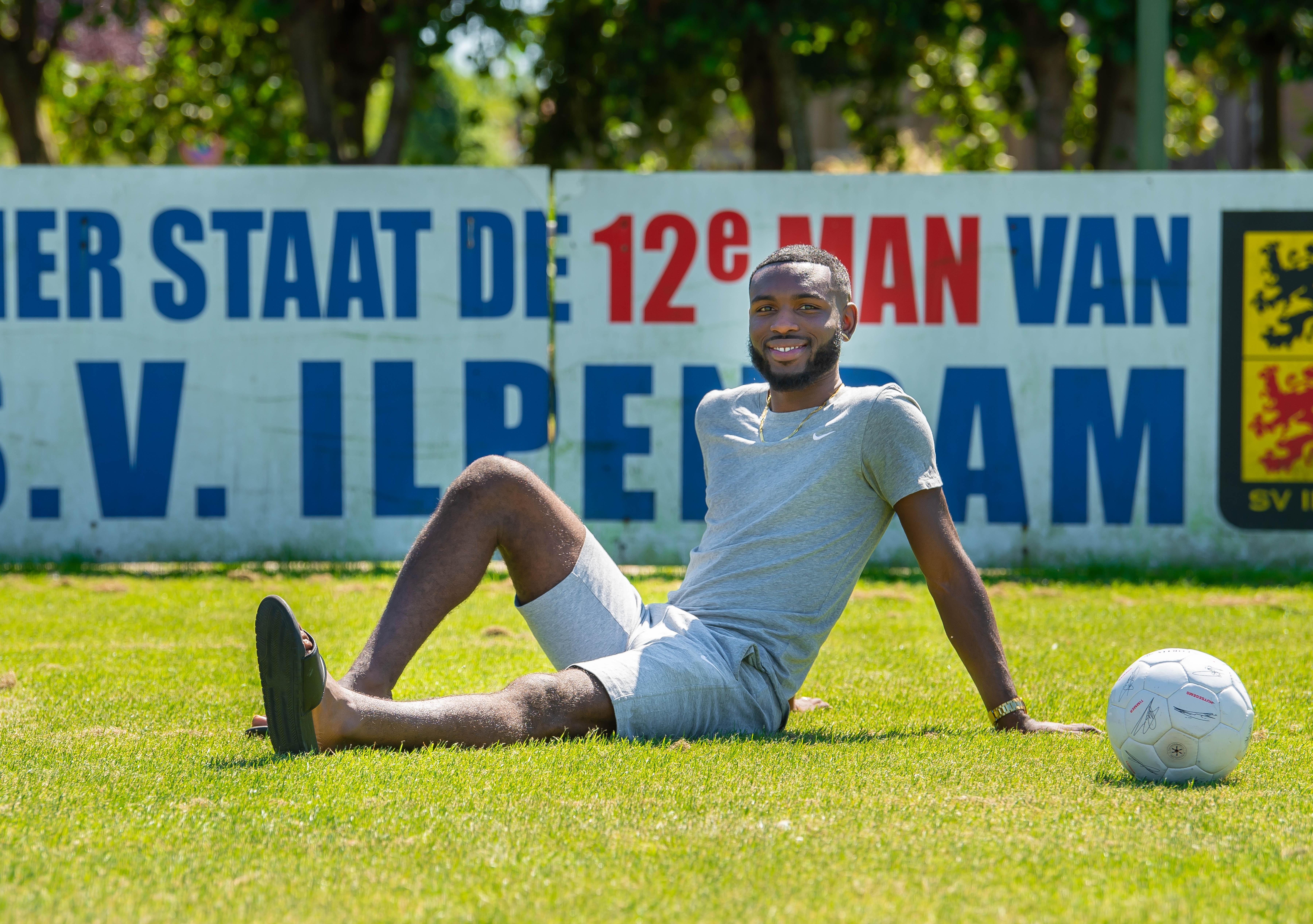 Shaquille Rellum wil belangrijk zijn voor Ilpendam: 'Ik wil minimaal tien goals maken'
