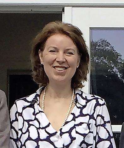 Bloemendaalse wethouders De Roy van Zuidewijn en Wijkhuisen moeten zich donderdag verantwoorden voor kwestie Blekersveld