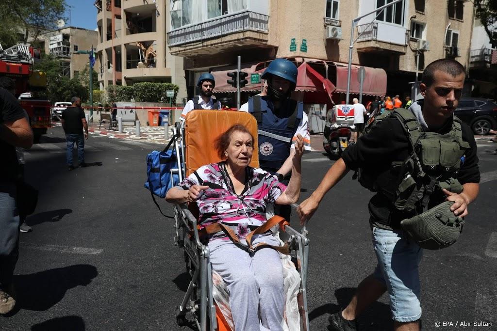 Zo'n 3000 raketten afgeschoten op Israël, paus vraagt om kalmte