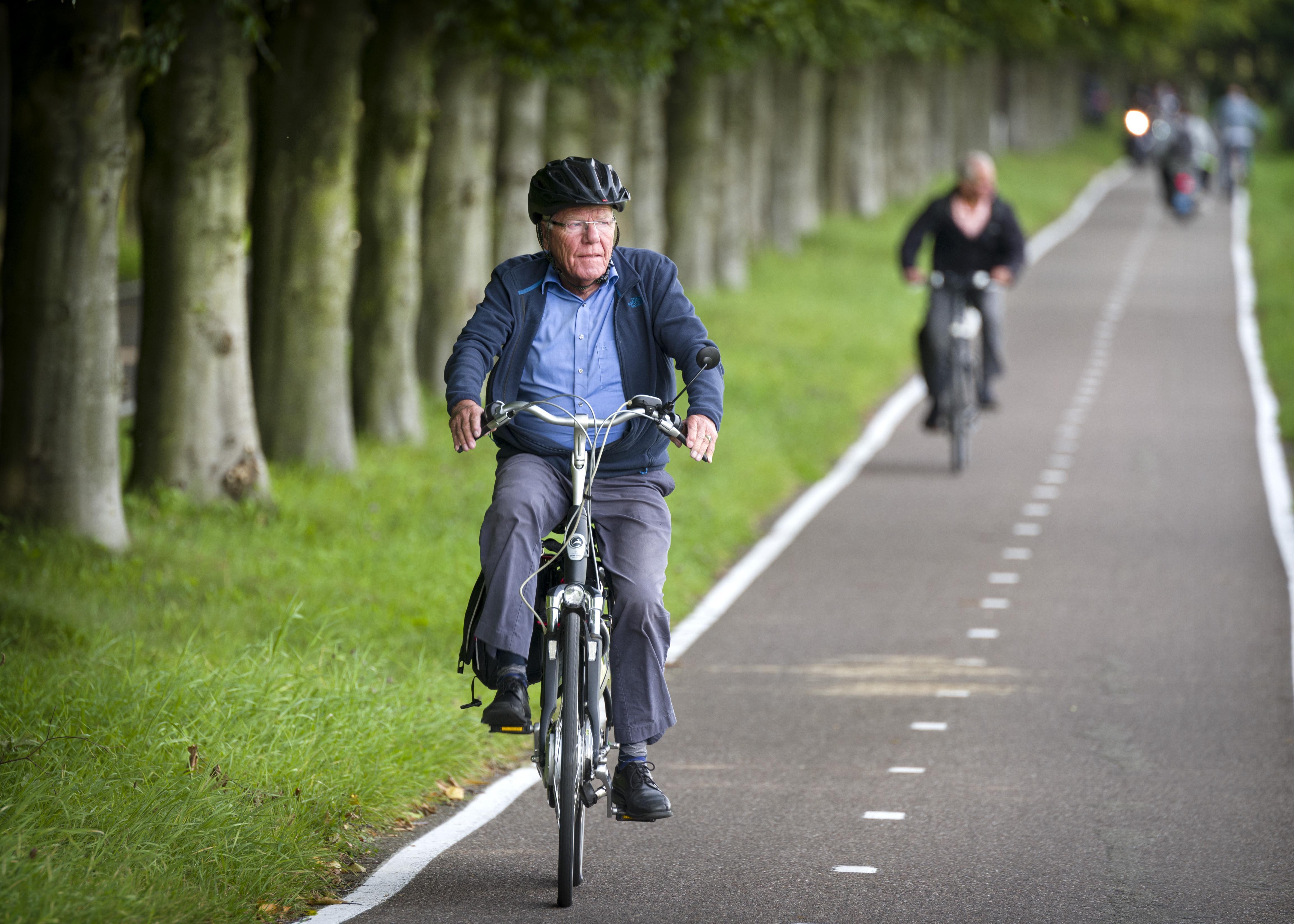 Cursus e-bike hard nodig om aantal slachtoffers onder oudere fietsers te laten dalen