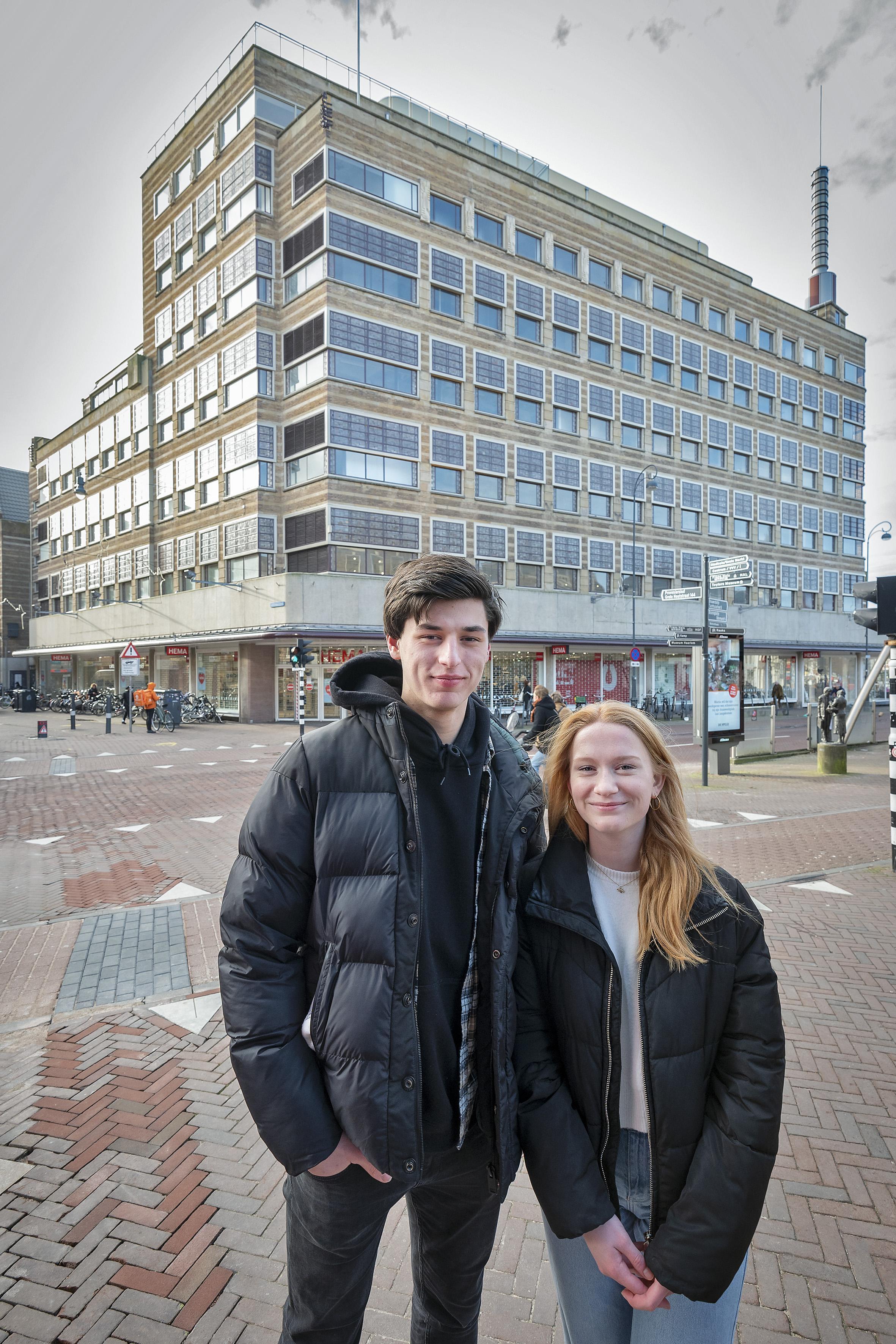 Profielwerkstuk Jady en Boris: 'Nachtclub en interactief museum in voormalig V&D-gebouw Verwulft'