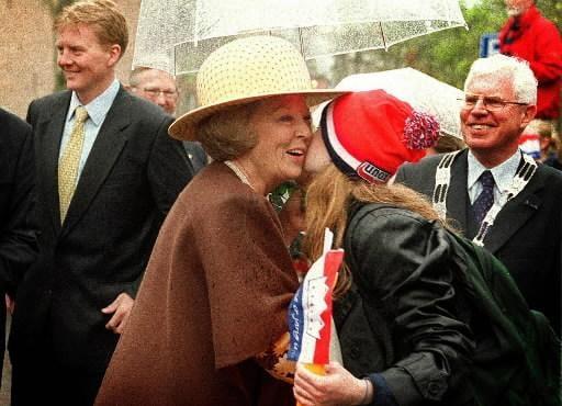 Bewegend Verleden: Koninginnedag in Leiden, 2000 [video]