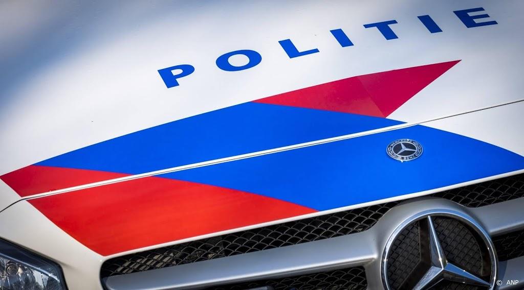 Agent gewond aan gezicht door steekpartij in Groningen