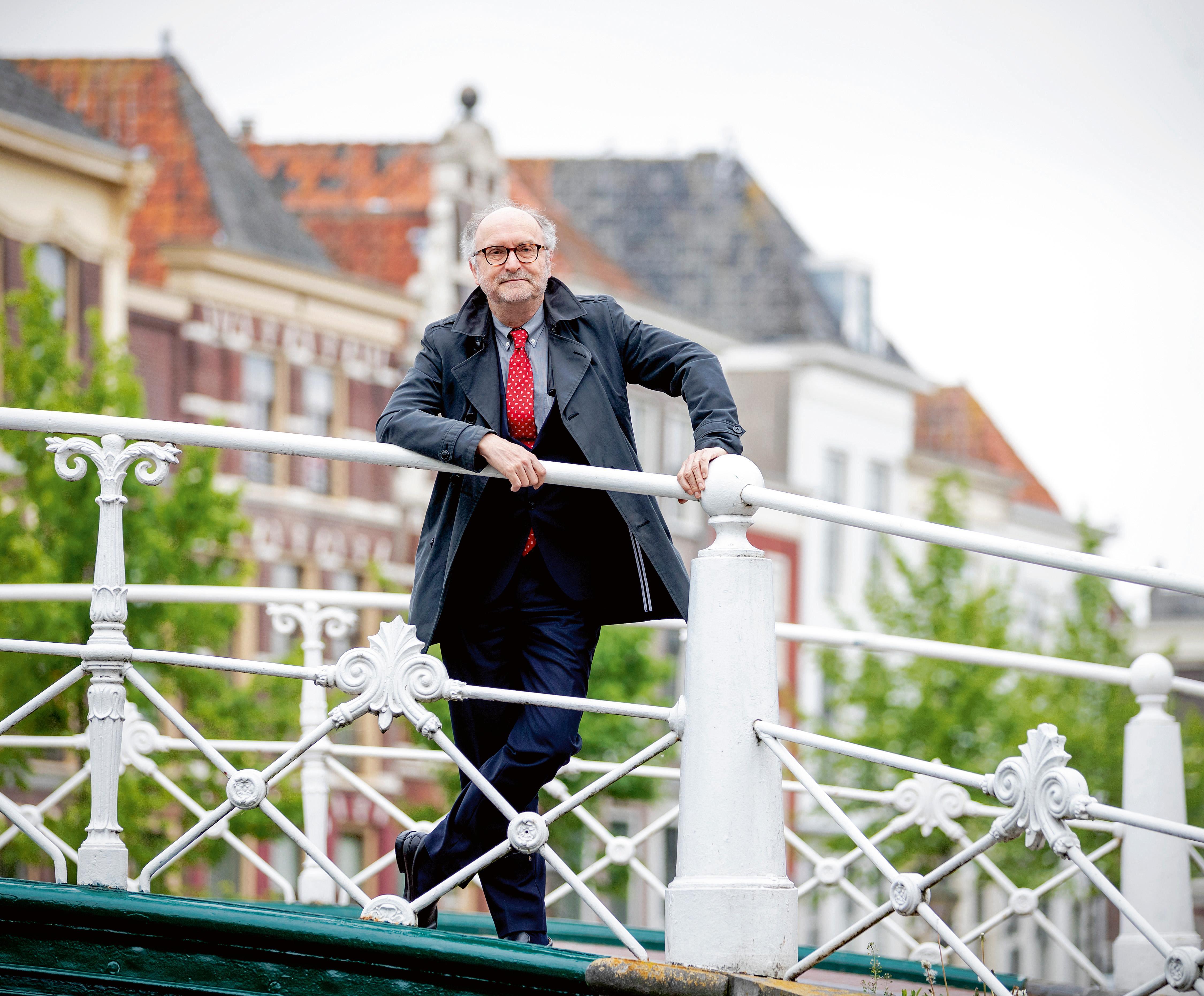 Commissie Corstens vindt 'geen enkele aanwijzing van antisemitisme' bij Paul Cliteur