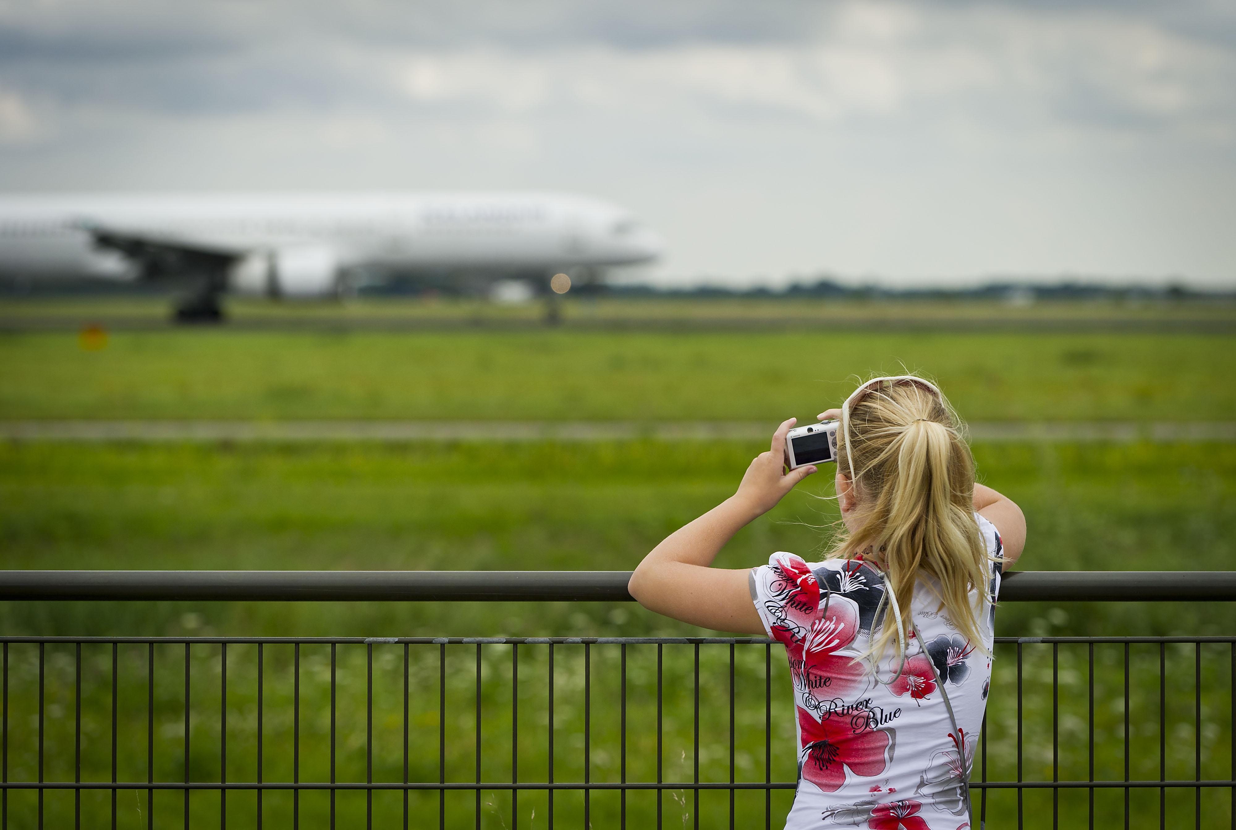 Vakantiedrukte terug op Schiphol, maar nog niet op oude niveau