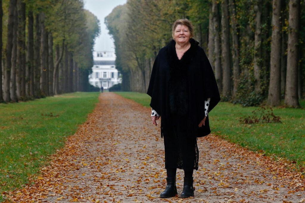 Actievoerende Baarnse noemt eigenaar Paleis Soestdijk een rupsje-nooit-genoeg; 'Er komen geen 400.000, maar 700.000 bezoekers, dat is 28 keer ons inwonertal'
