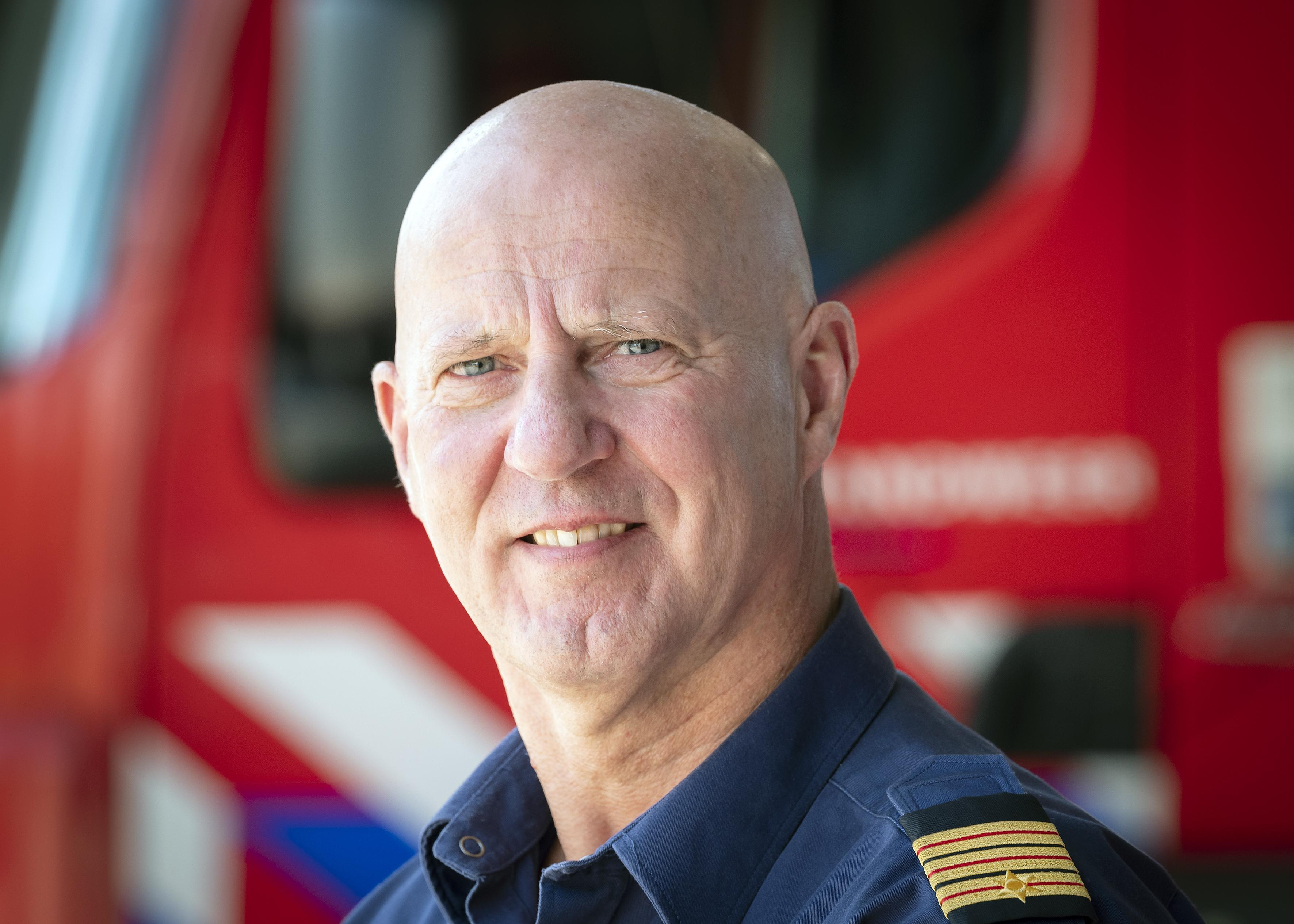 Brandweer over het blussen van een autobrand: 'We steken het niet aan, dus komen altijd te laat'