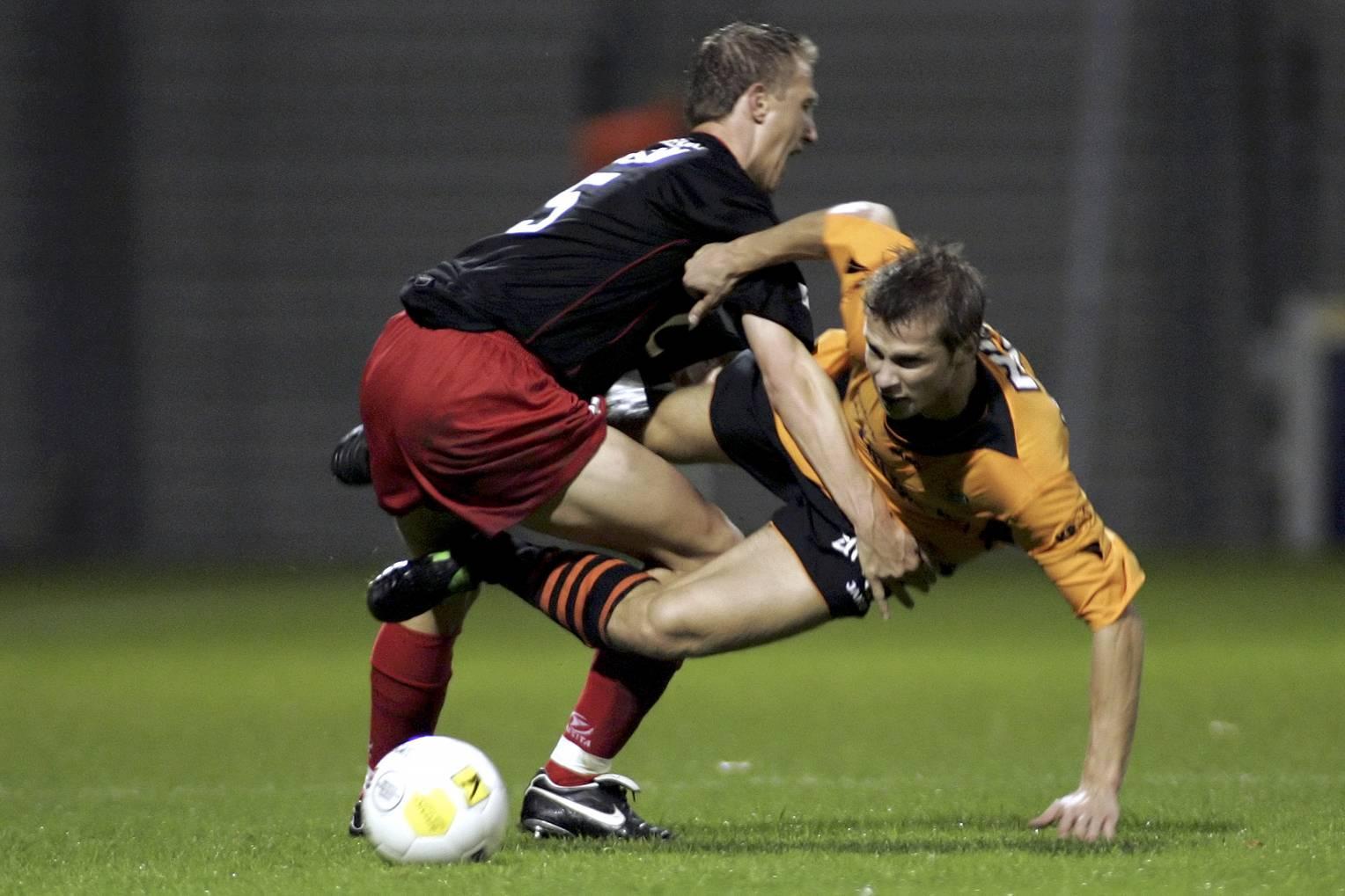 Altijd weer dat eigen doelpunt waardoor Volendam degradeerde. Modelprof Gerry Koning - nummer 46 in Top 50 Volendamse voetballers - verdient het beter te worden herinnerd [video]