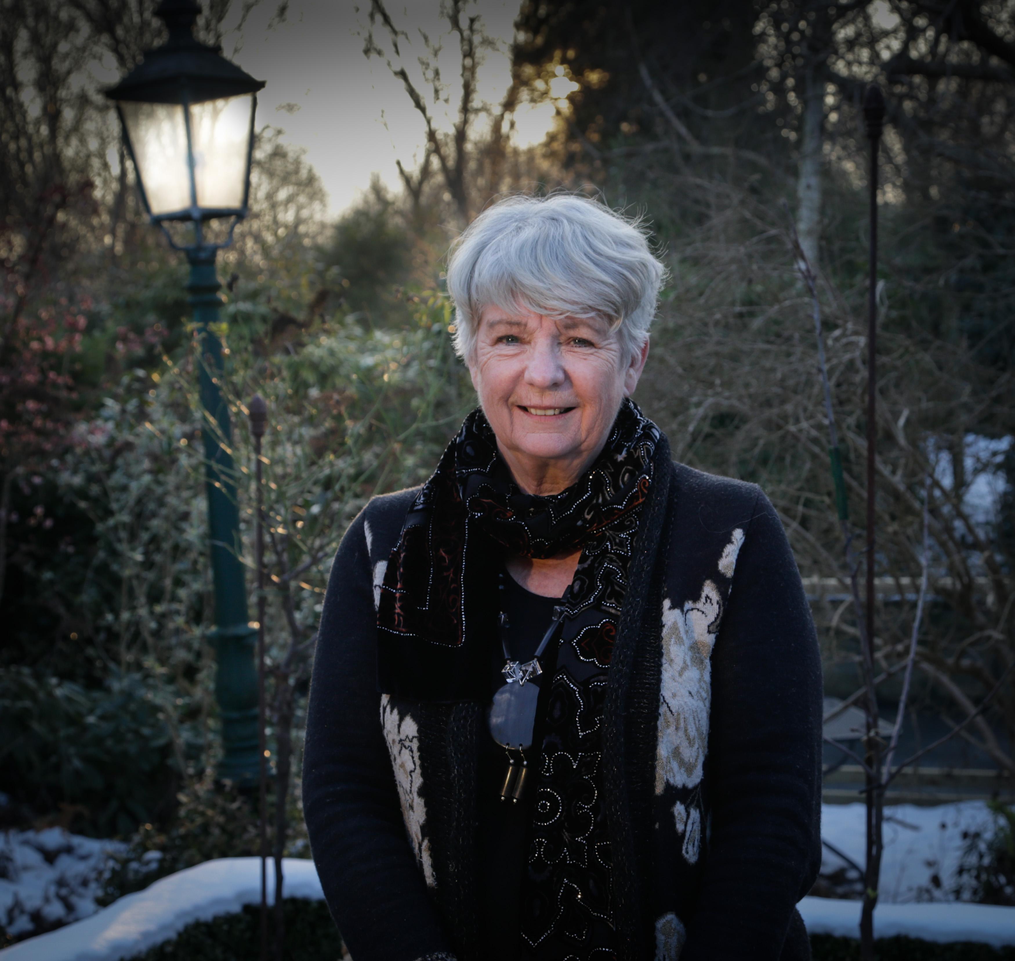 Roman van Velsense oud-burgemeester Anneke van Dok gaat over kerstvakantie op de Noordpool