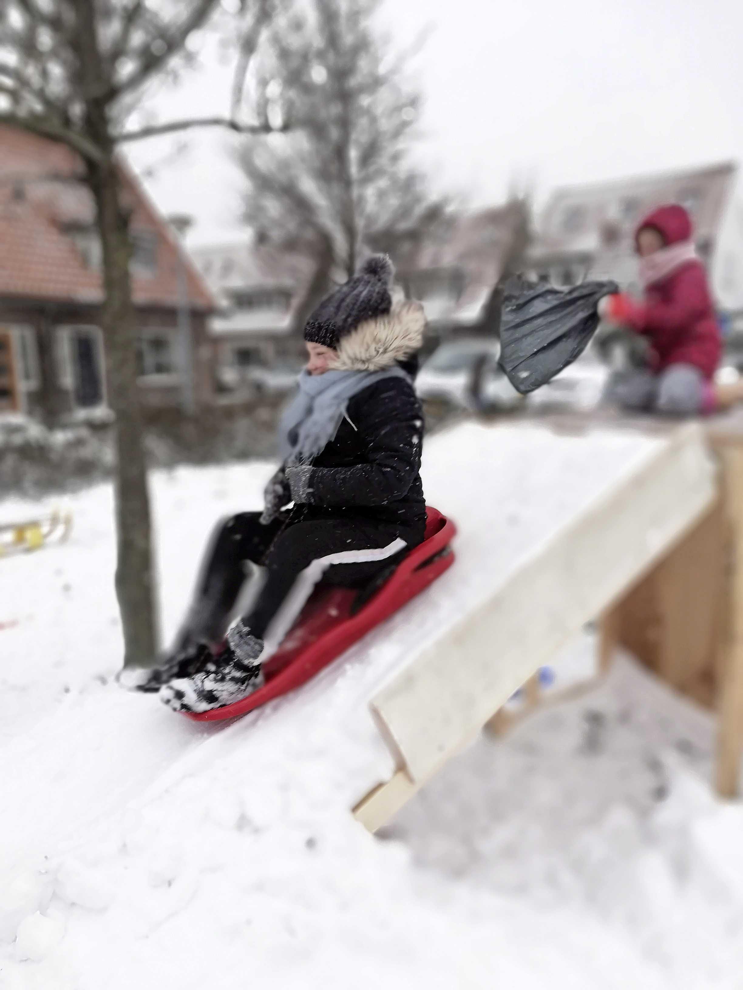 Eindelijk Winter! Beelden van sleetje rijders, fraaie landschappen en natuur