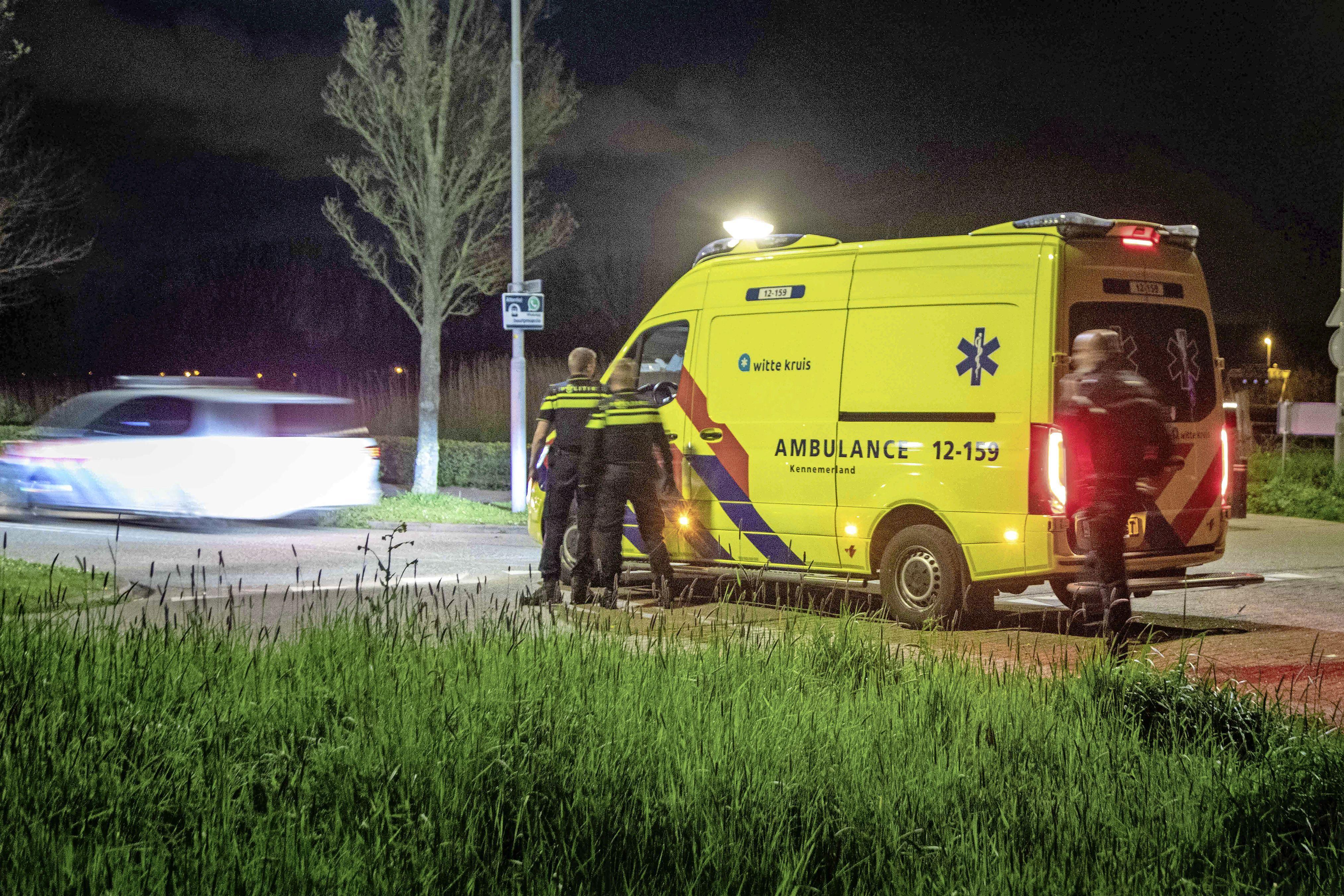 Haarlemmer (18) mishandeld en beroofd door groep jongeren in Velserbroek