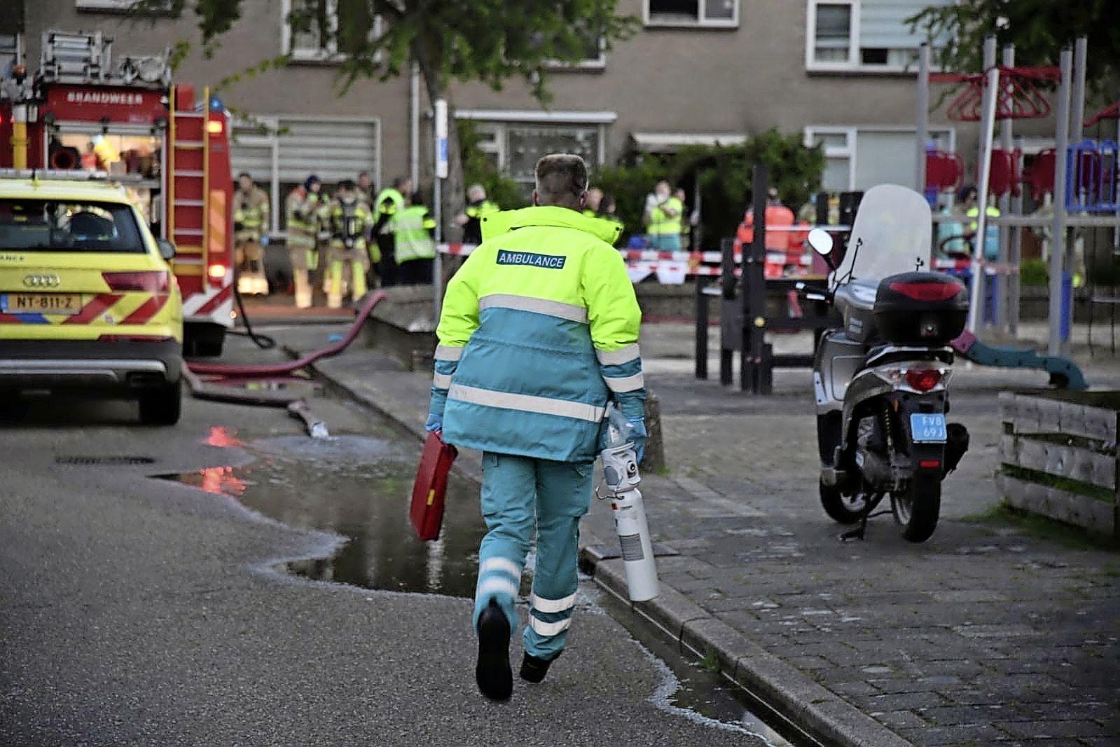 Vrouw (48) overleden bij woningbrand in Hilversum, politie doet onderzoek naar mogelijk misdrijf