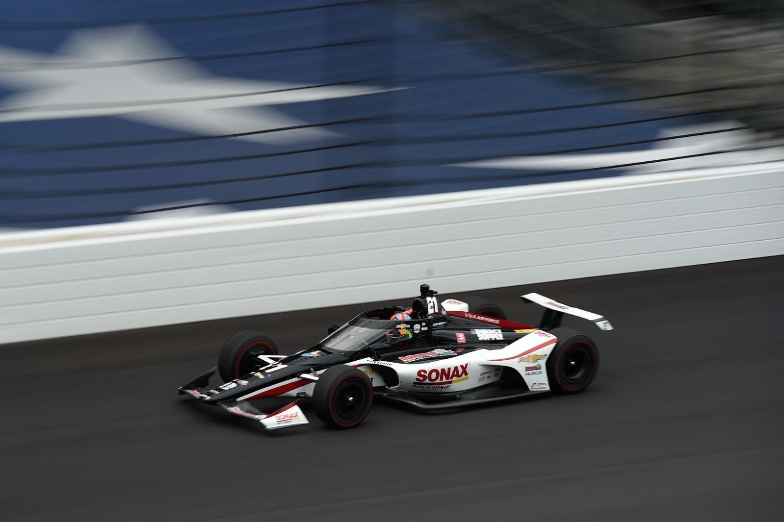 Rinus van Kalmthout maakt veel indruk tijdens kwalificatieweekend en start vanaf plek 4 in Indy 500